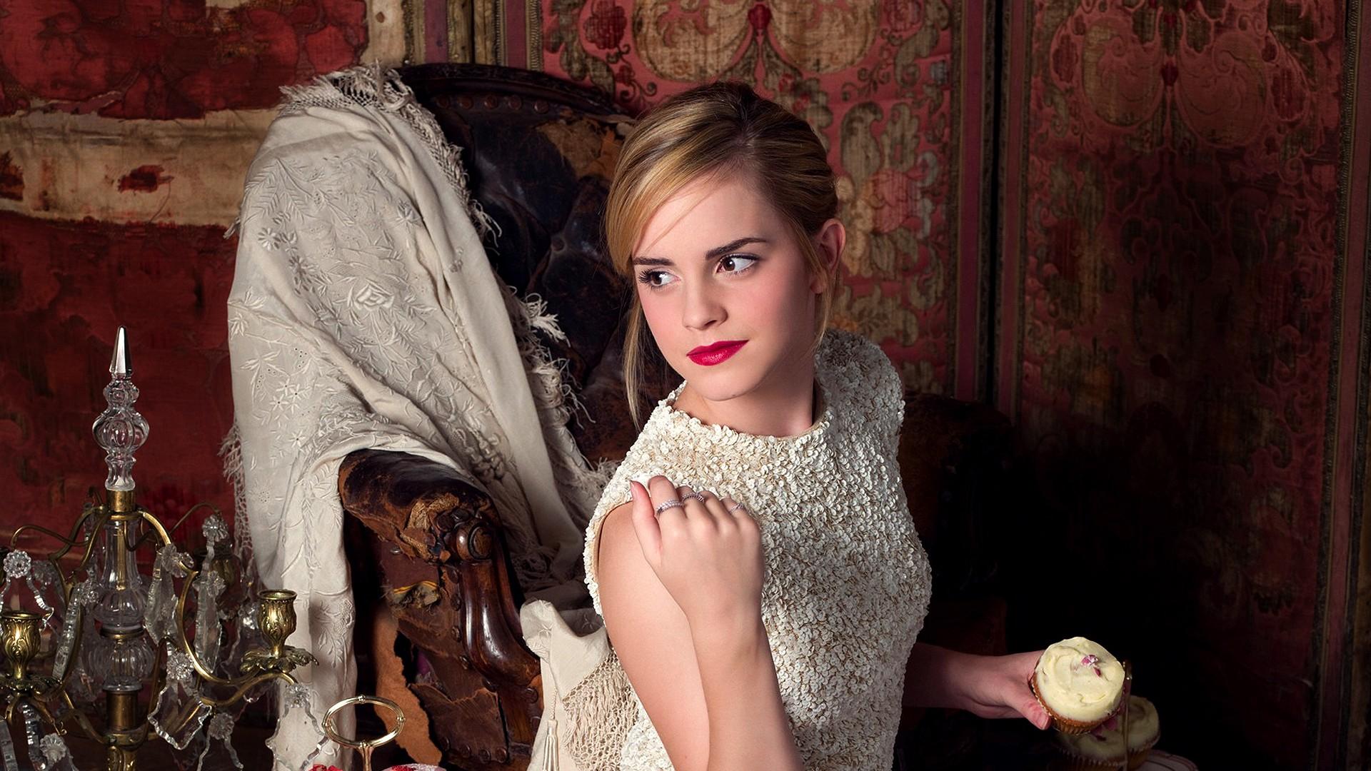Emma Watson 2013 Beautiful Lady wallpaper | celebrities | Wallpaper ...