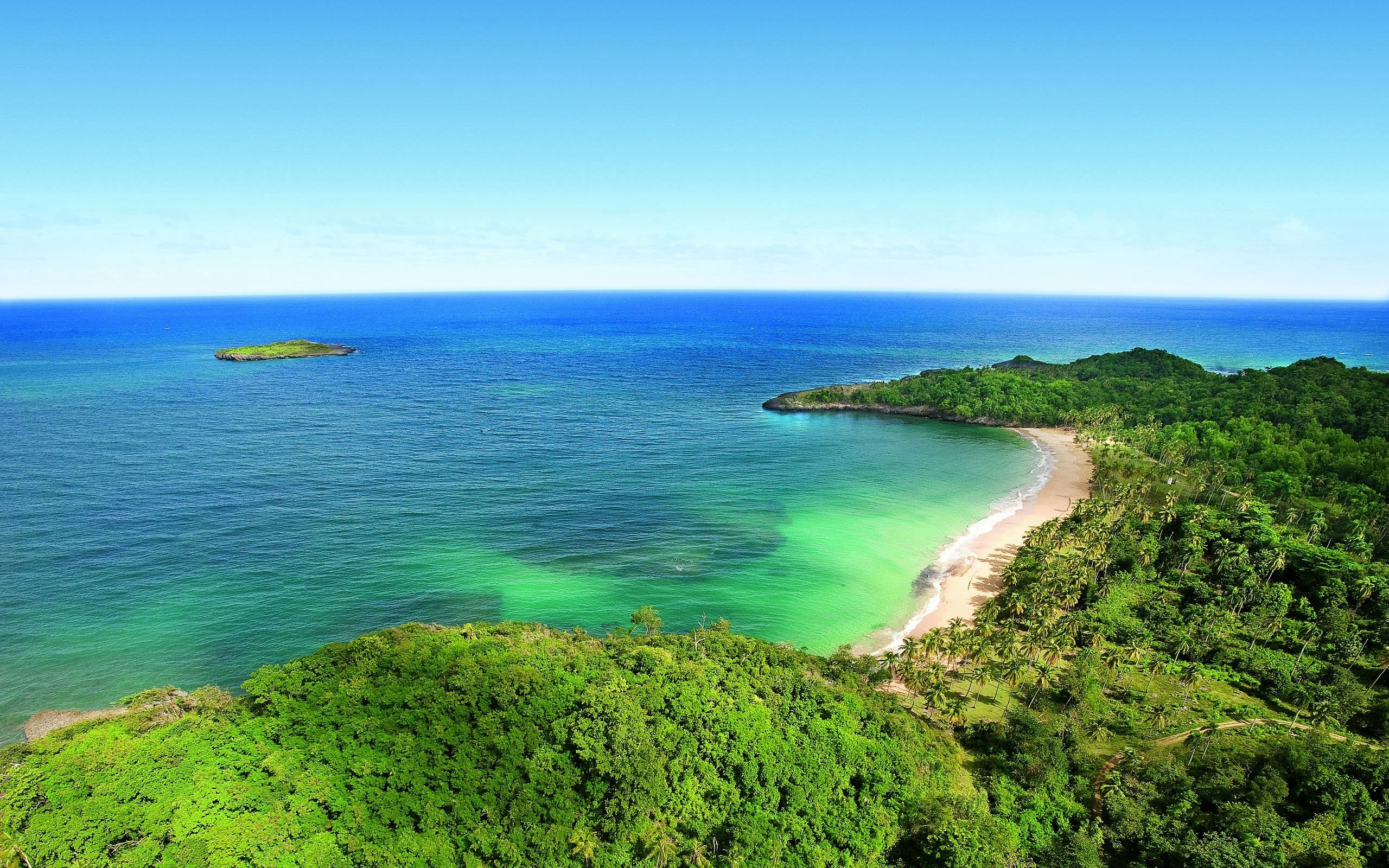 Beautiful shore photo
