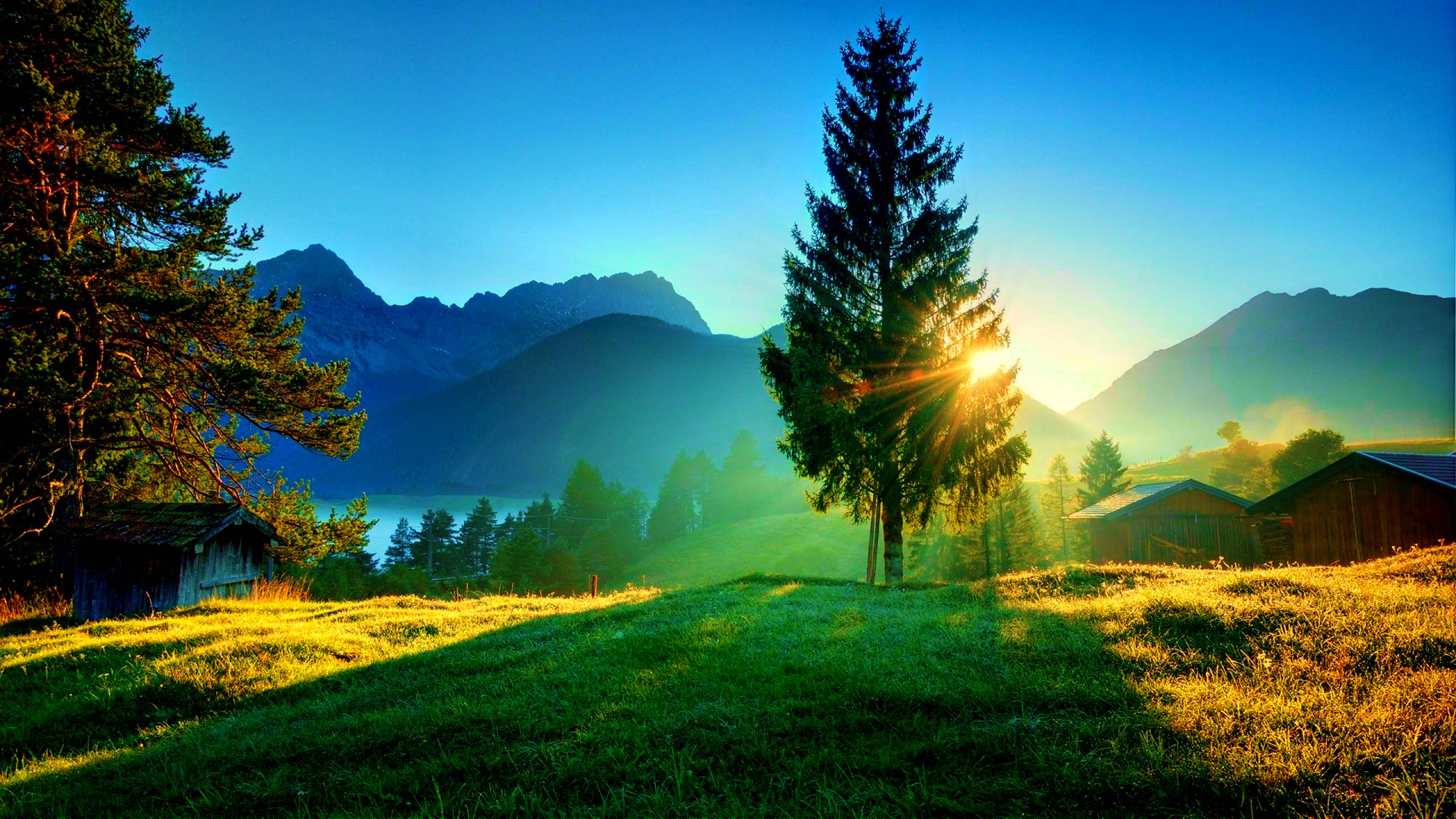 Mountains: Beautiful View Houses Grass Lakes Sun Light Tree ...