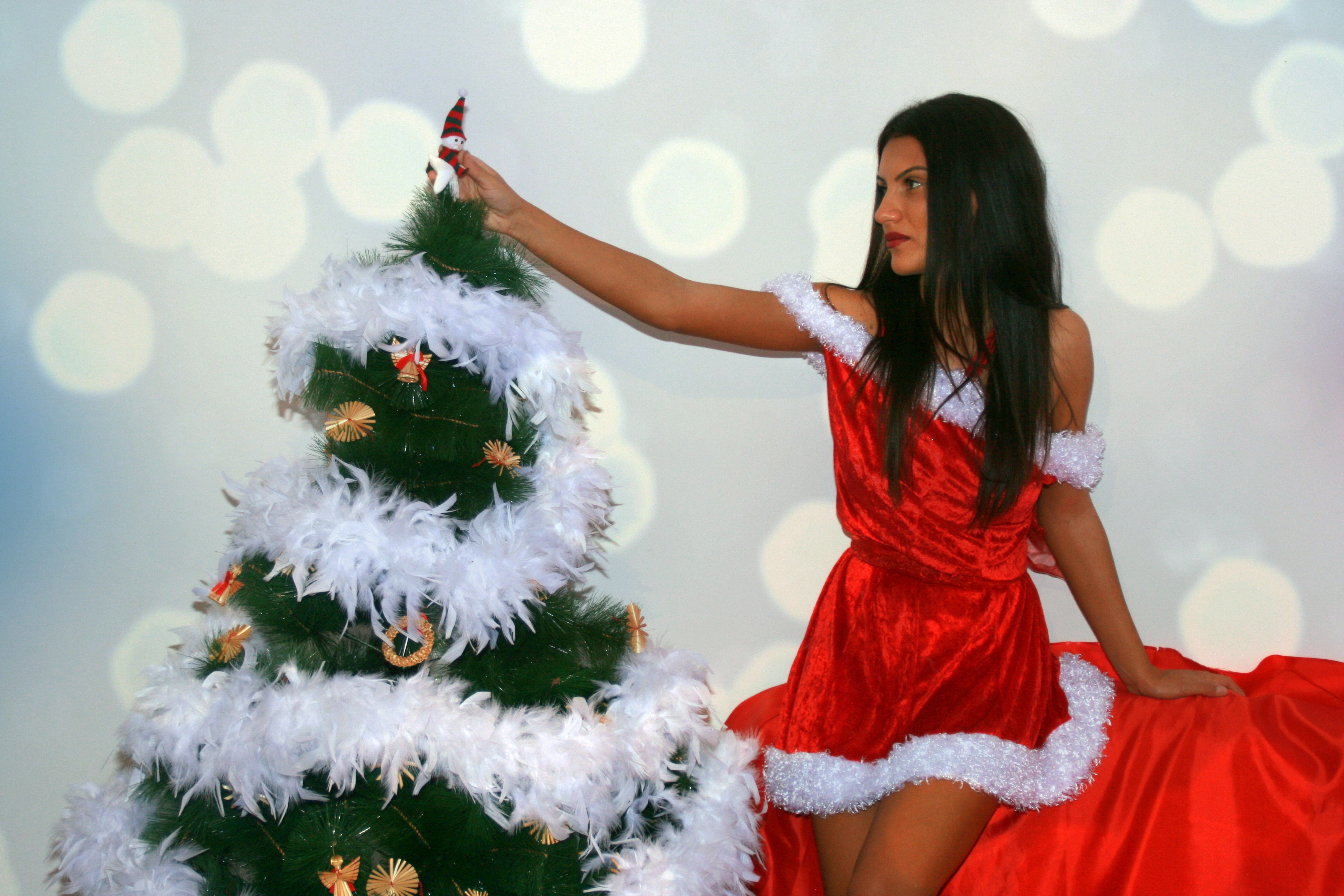 Beauty in Red, Beauty, Christmas, Girl, Pose, HQ Photo