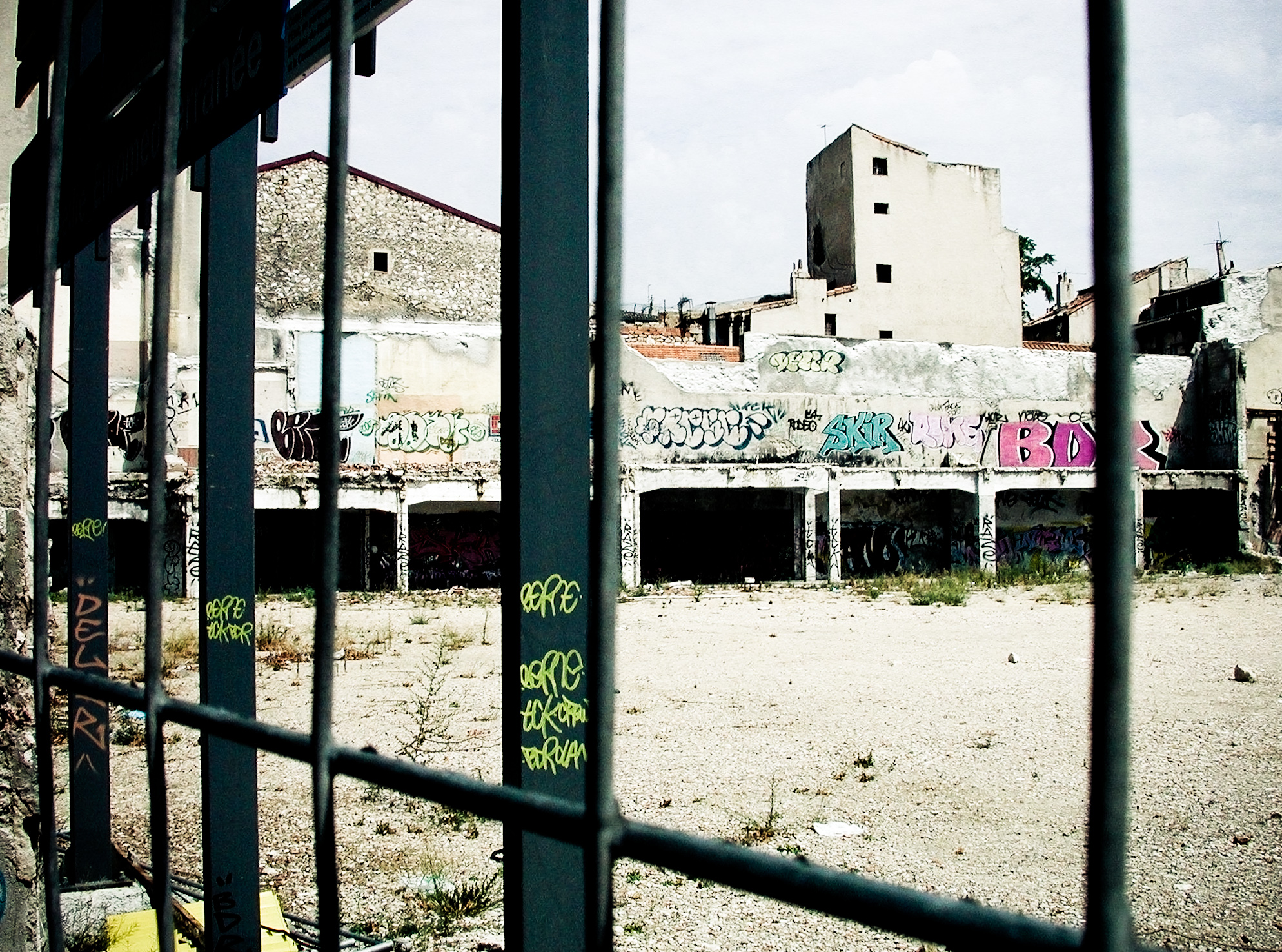 Behind bars, Abandoned, Bars, Behind, Building, HQ Photo