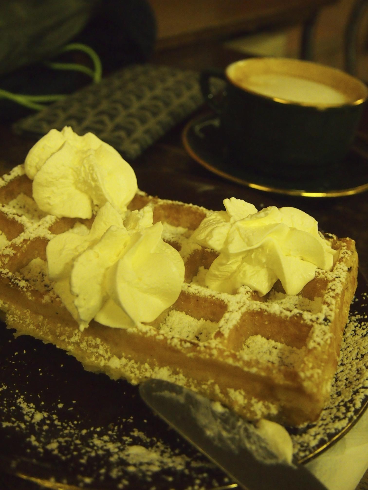 Belgium Waffle, Belgium, Cafe, Ghent, Waffle, HQ Photo
