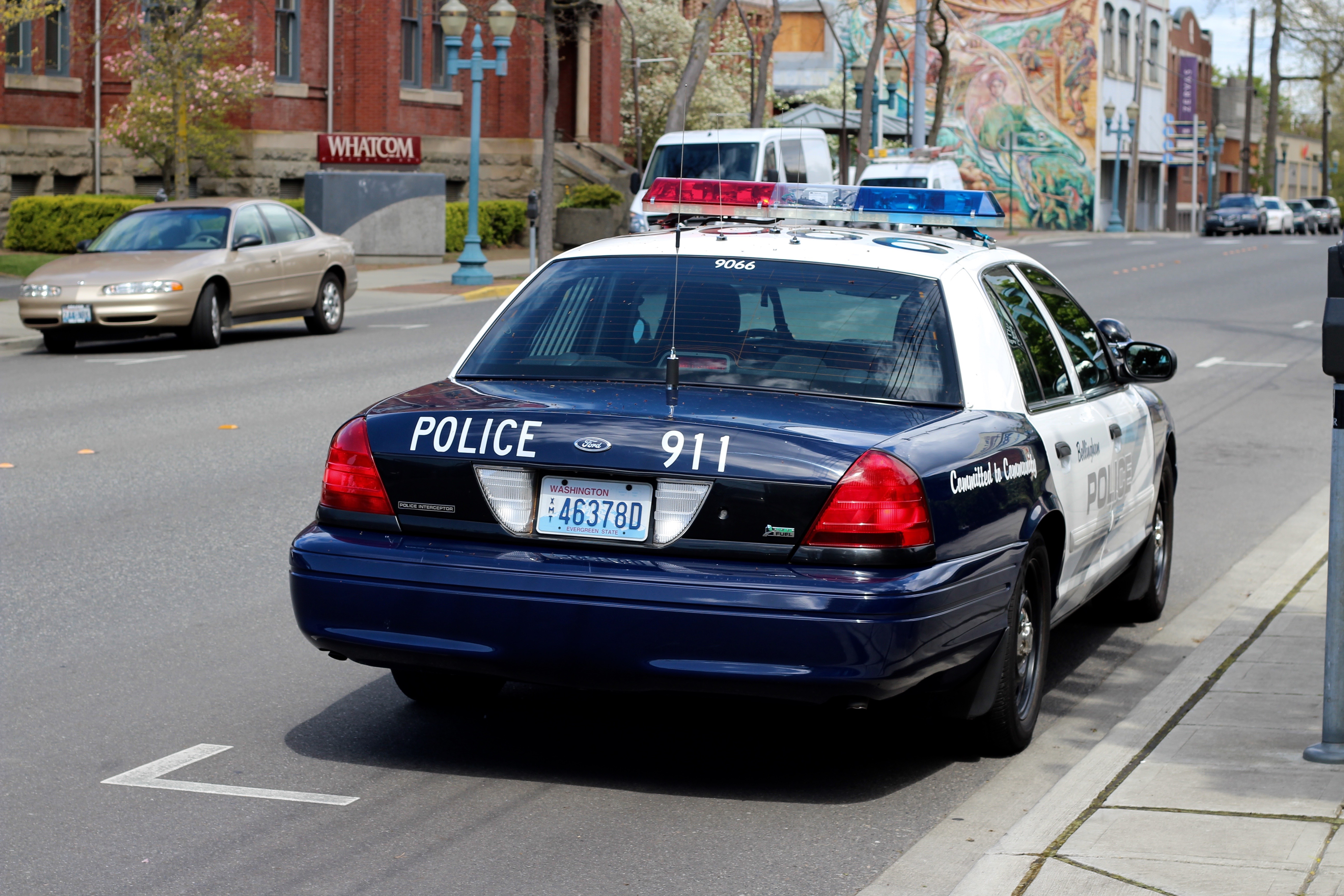 Bellingham, wa police ford crown victoria (9066) photo