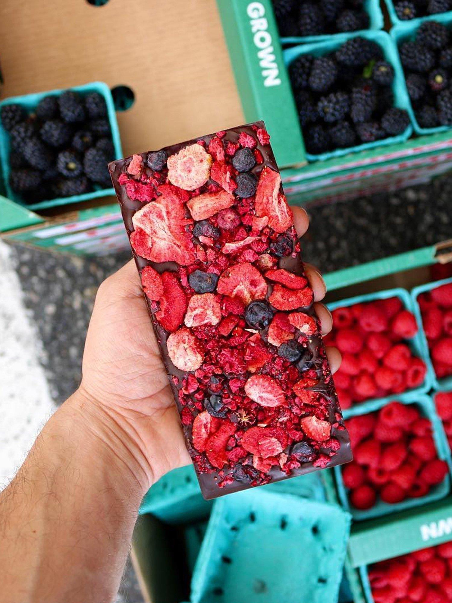 SPRING AWAKENING Dark Chocolate / Mixed Berries – Compartes ...