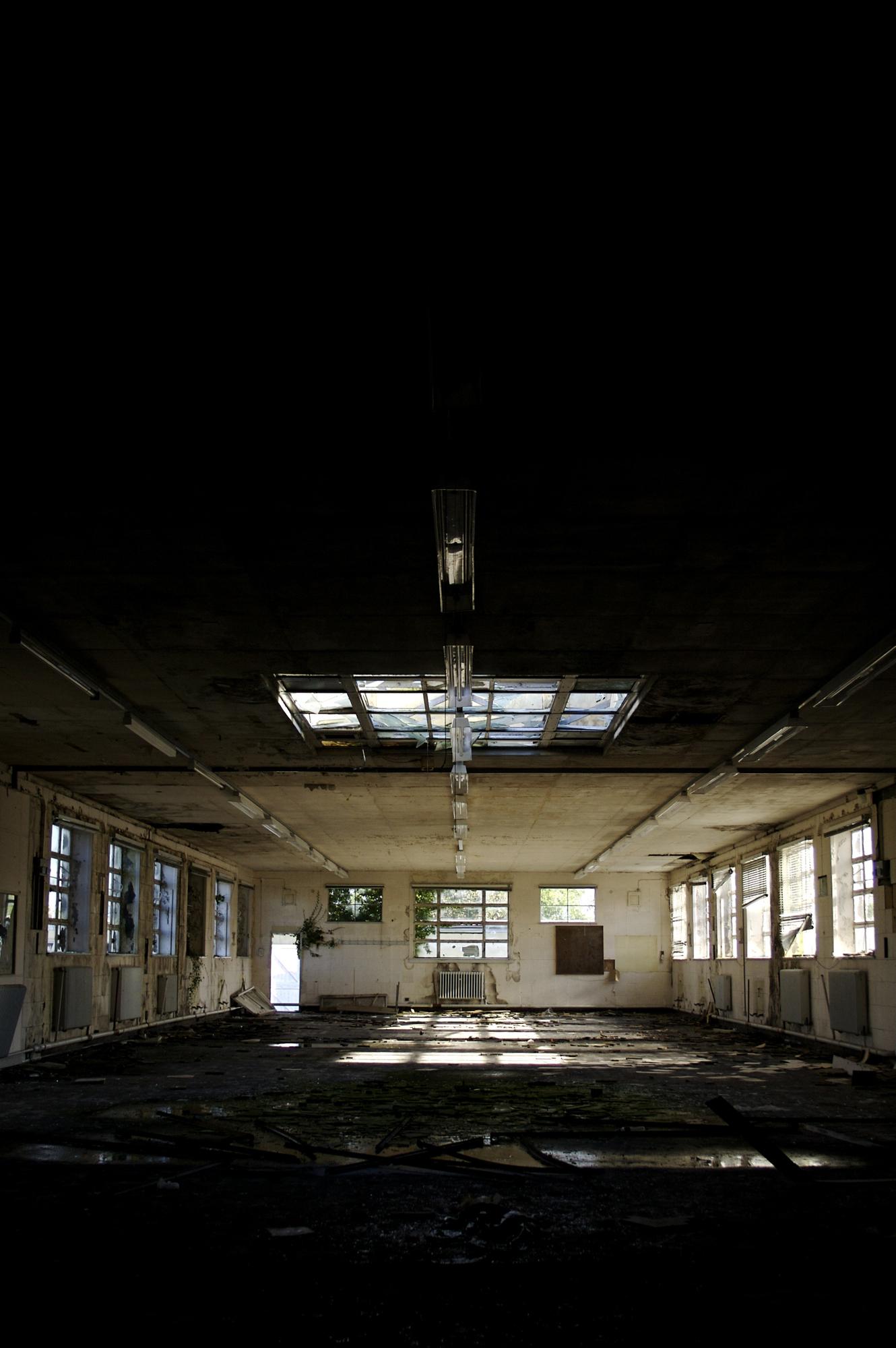 Big Room, Abandoned, Bspo06, Building, Dark, HQ Photo