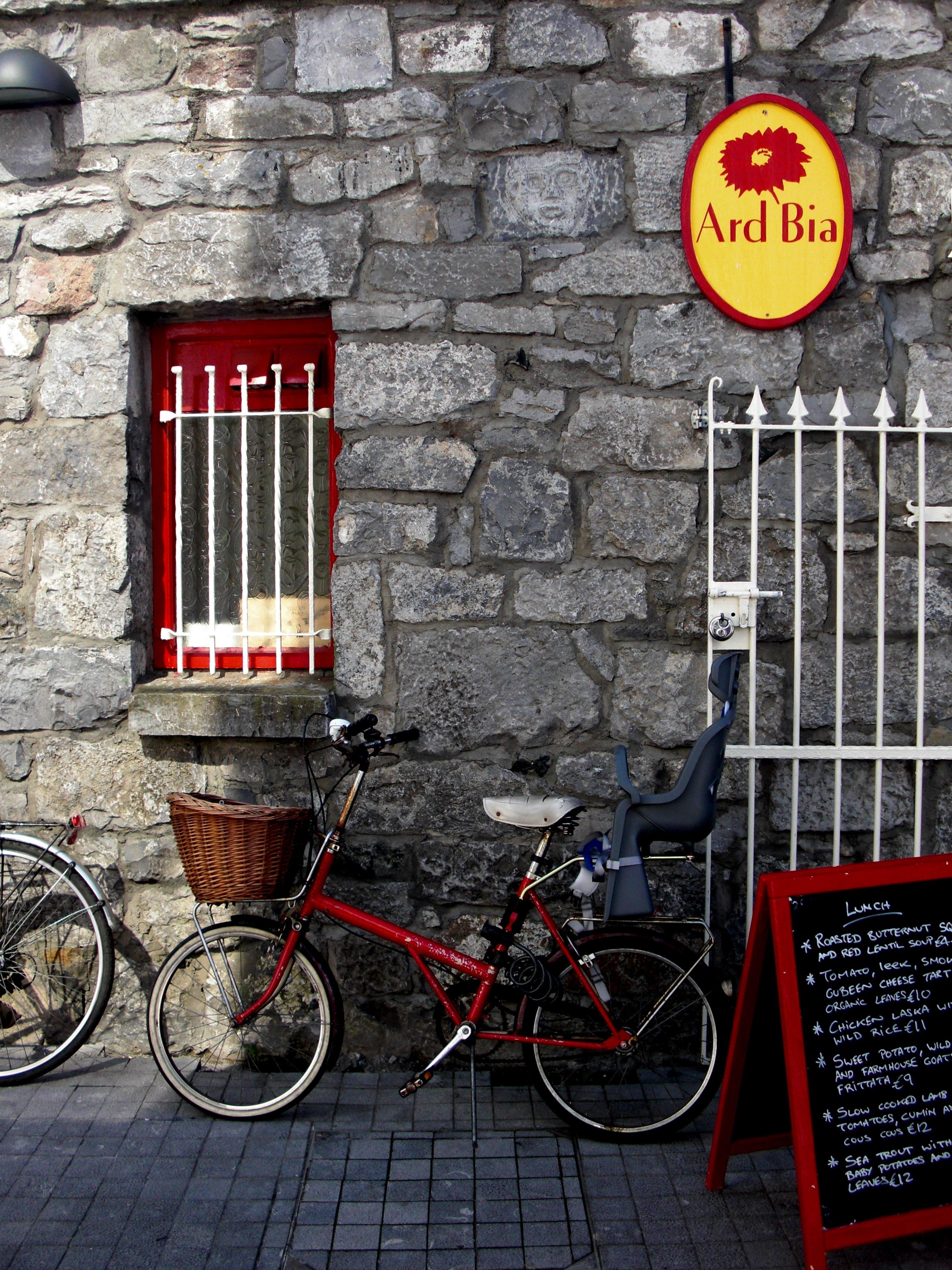 Bike & Bistro, Bicycle, Lean, Vacation, Travel, HQ Photo