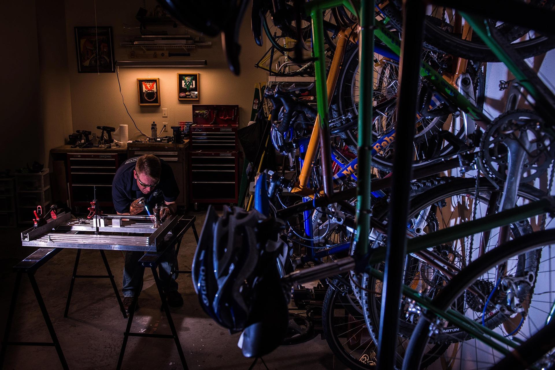 Bike mechanic photo