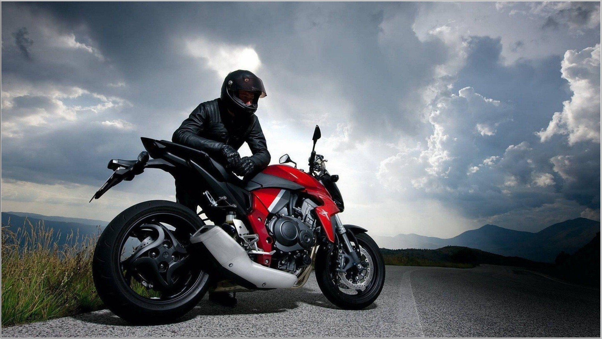 Top 19 biker wallpapers our latest collection - PicsBroker.com