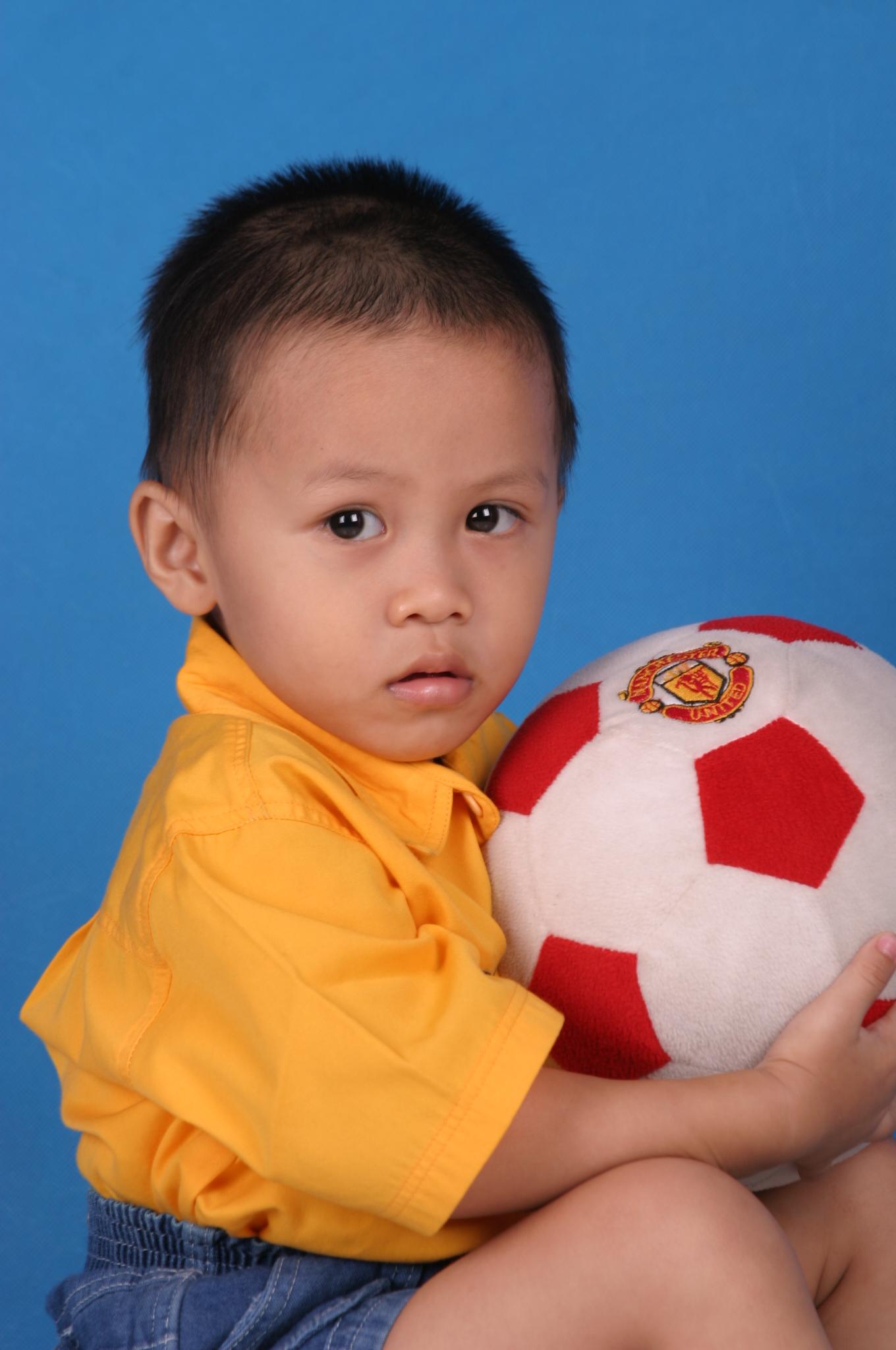 Bim Bim Pump, Ball, Kid, Yellow, United, HQ Photo
