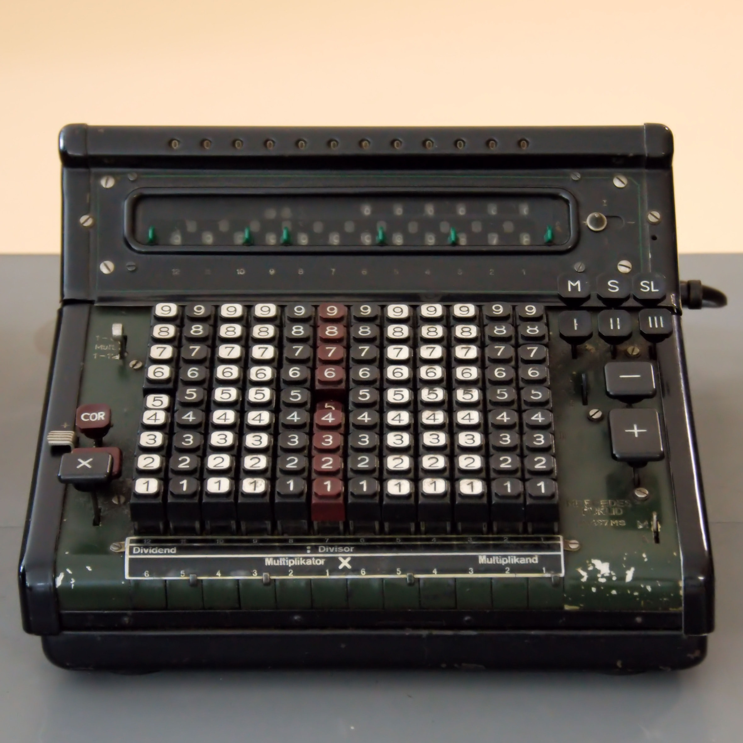 Black and Gray Vintage Cash Register, Keys, Technology, Office, Number, HQ Photo