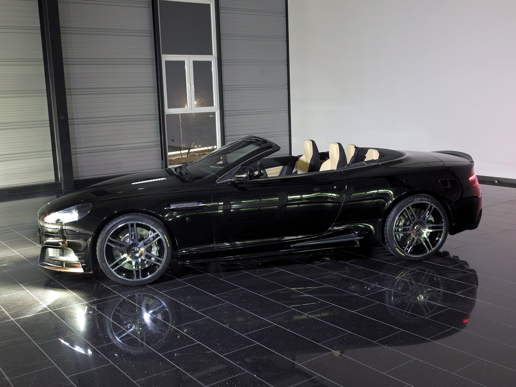 Parked black convertible coupe HD wallpaper | Wallpaper Flare