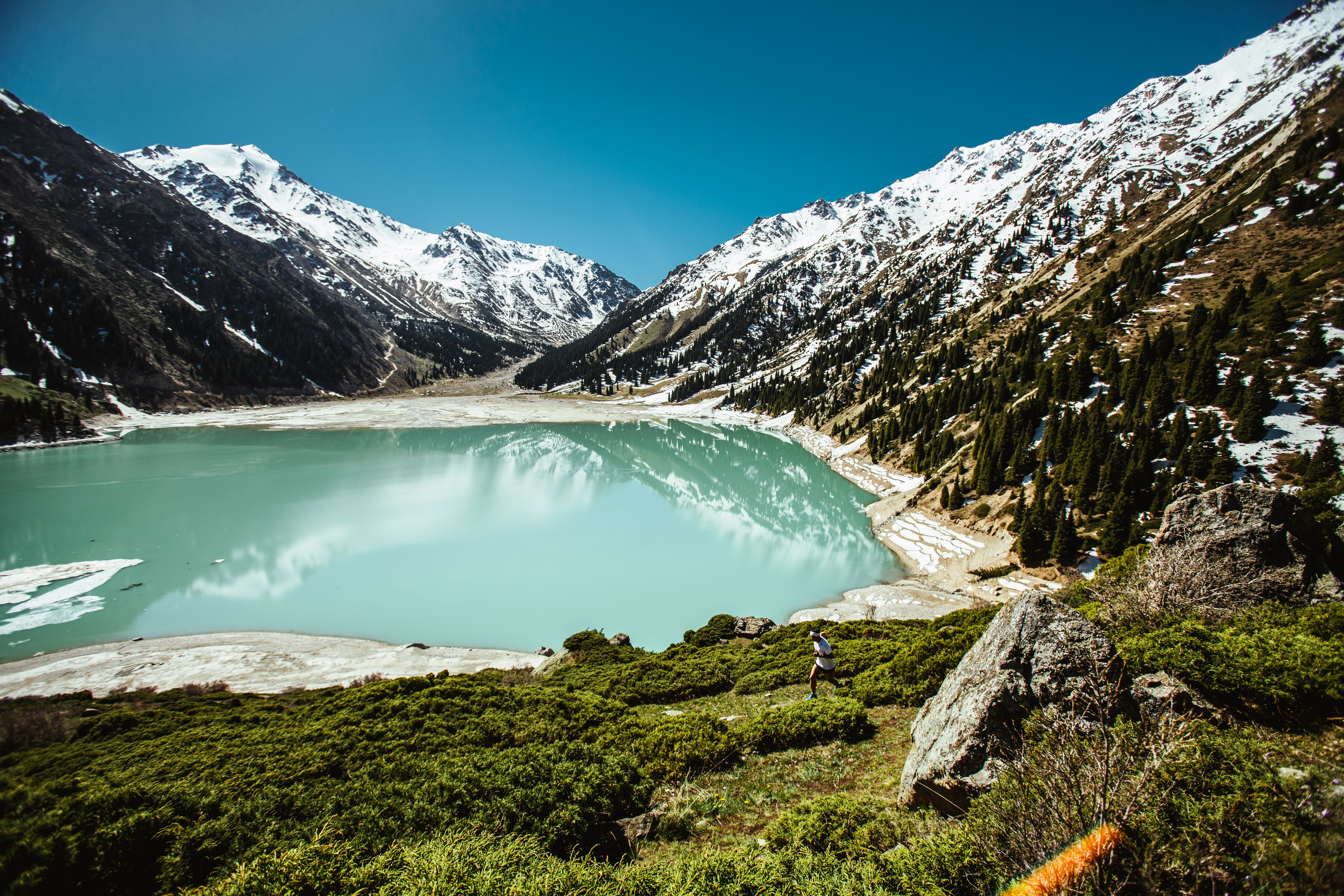 Blue Lake Surrounded by White Snowcapped Mountain, Daylight, Grass, Lake, Nature, HQ Photo