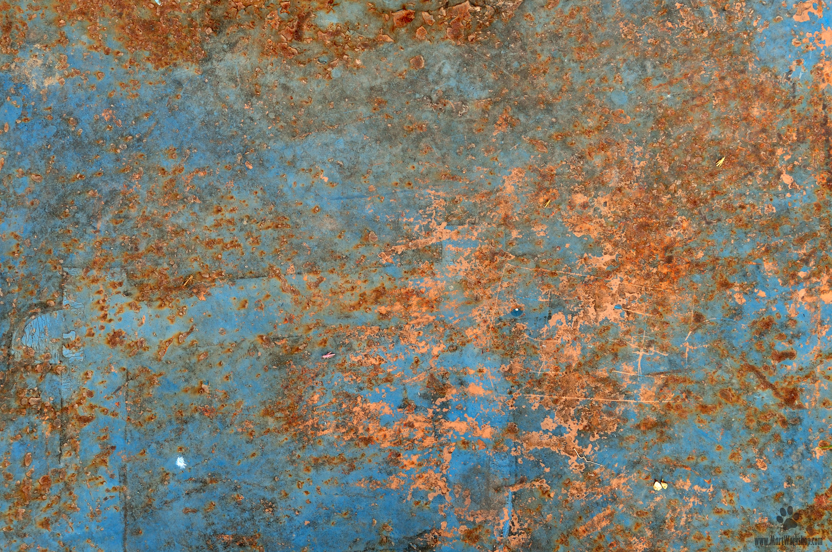 Rusted metal texture photo
