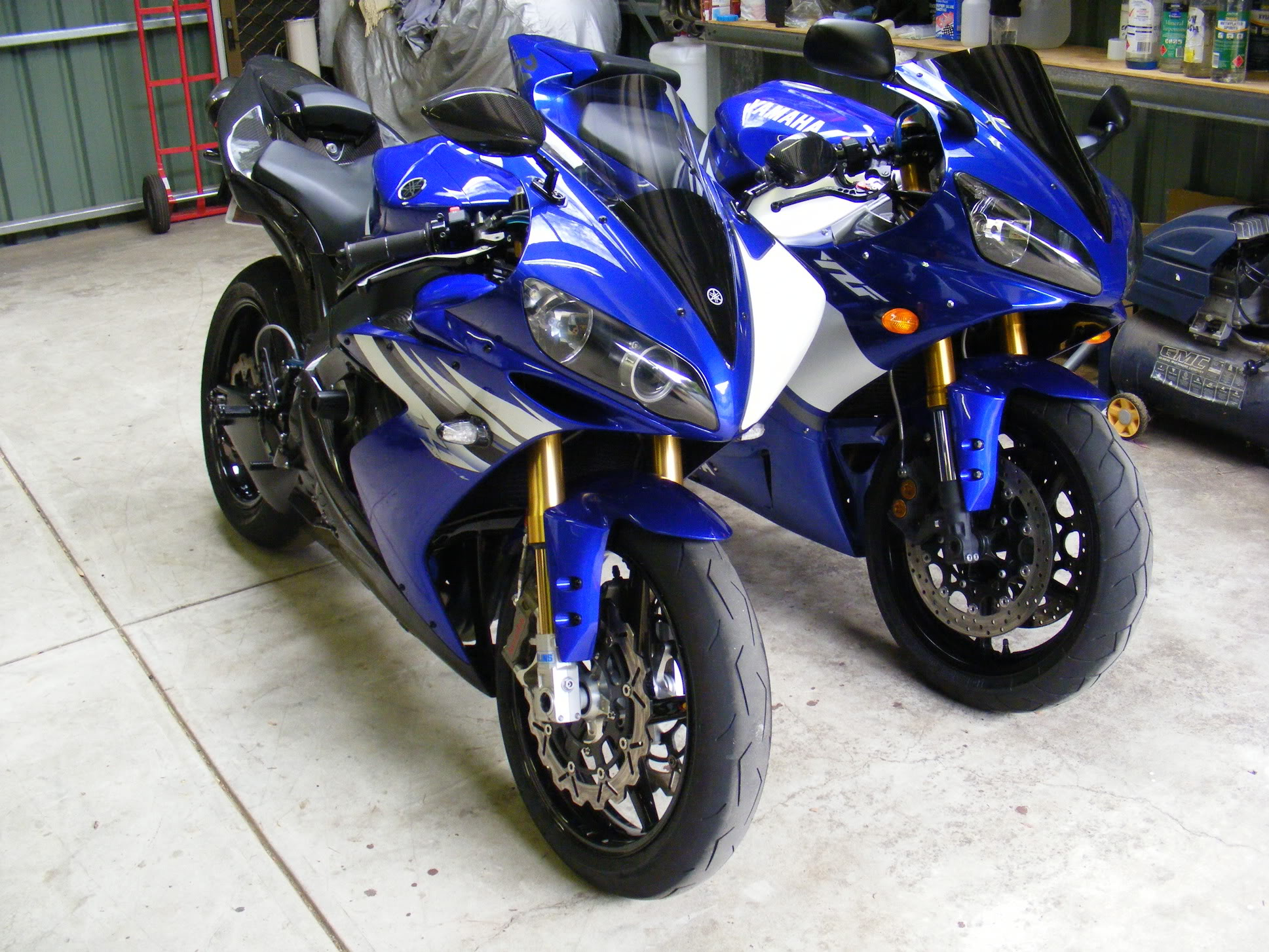 Lets See Your Sexy Blue R1's - Yamaha R1 Forum: YZF-R1 Forums