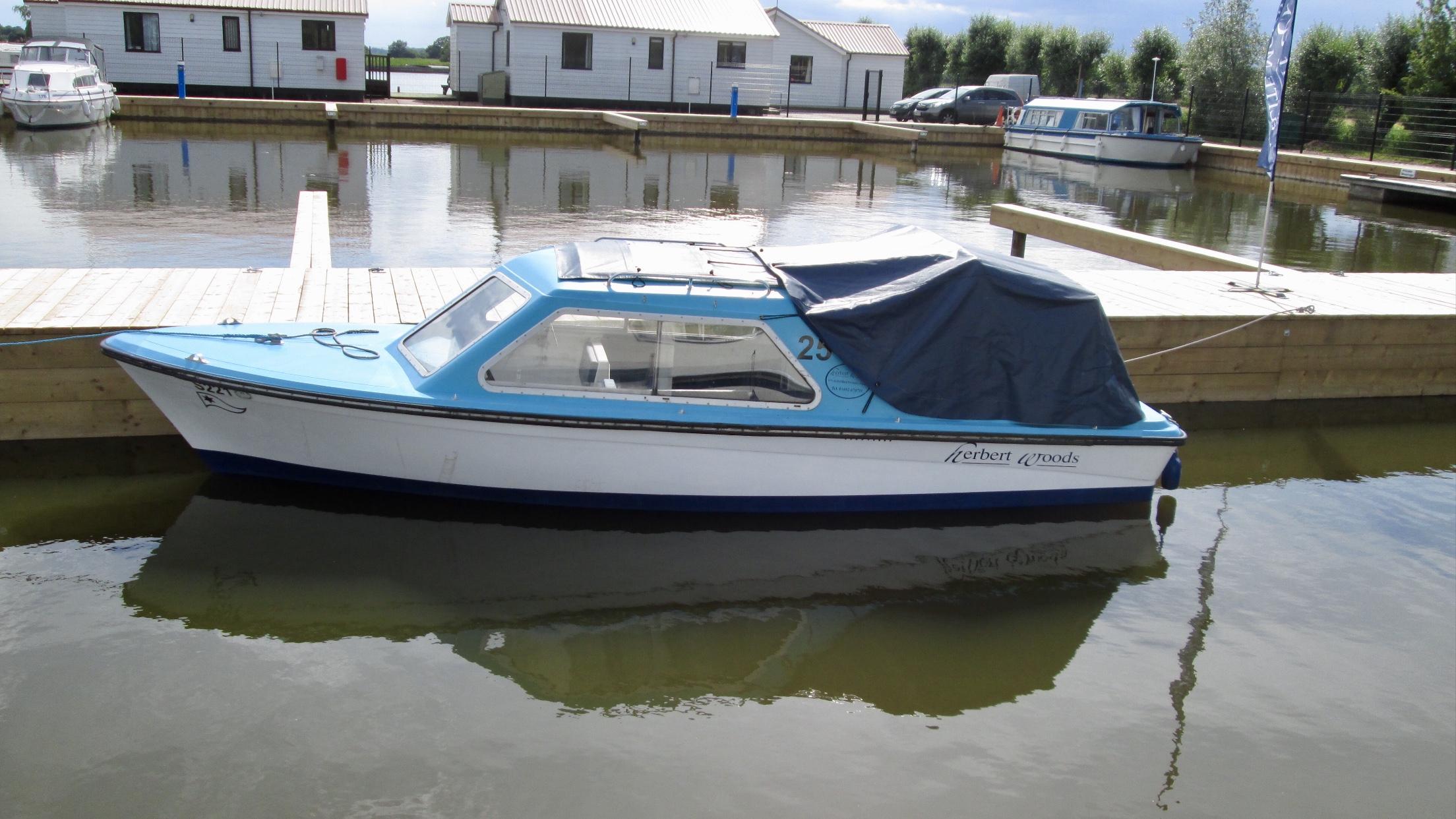 Martham Ferry Boatyard - Norfolk Broads, Boat Hire, Yacht Hire ...