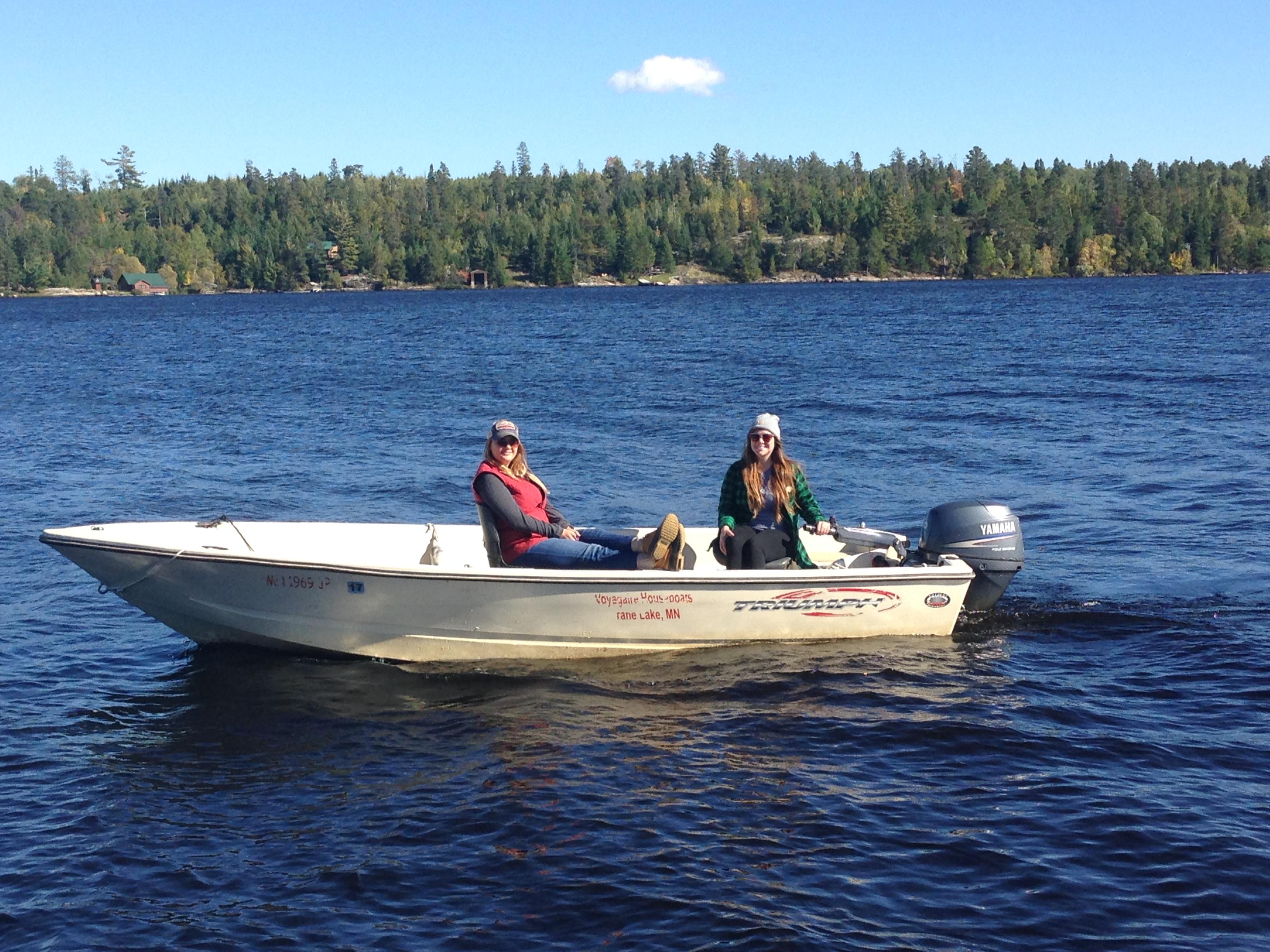 Crane Lake Boat Rentals - Houseboats - Crane Lake - Minnesota ...