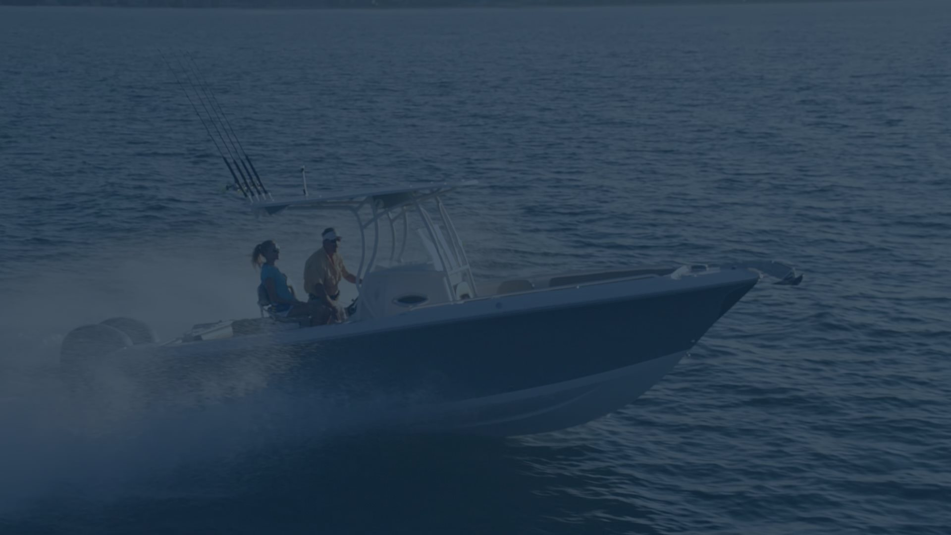 Sailfish Boats – Center Consoles, Dual Consoles, Walk-Arounds & Bay ...
