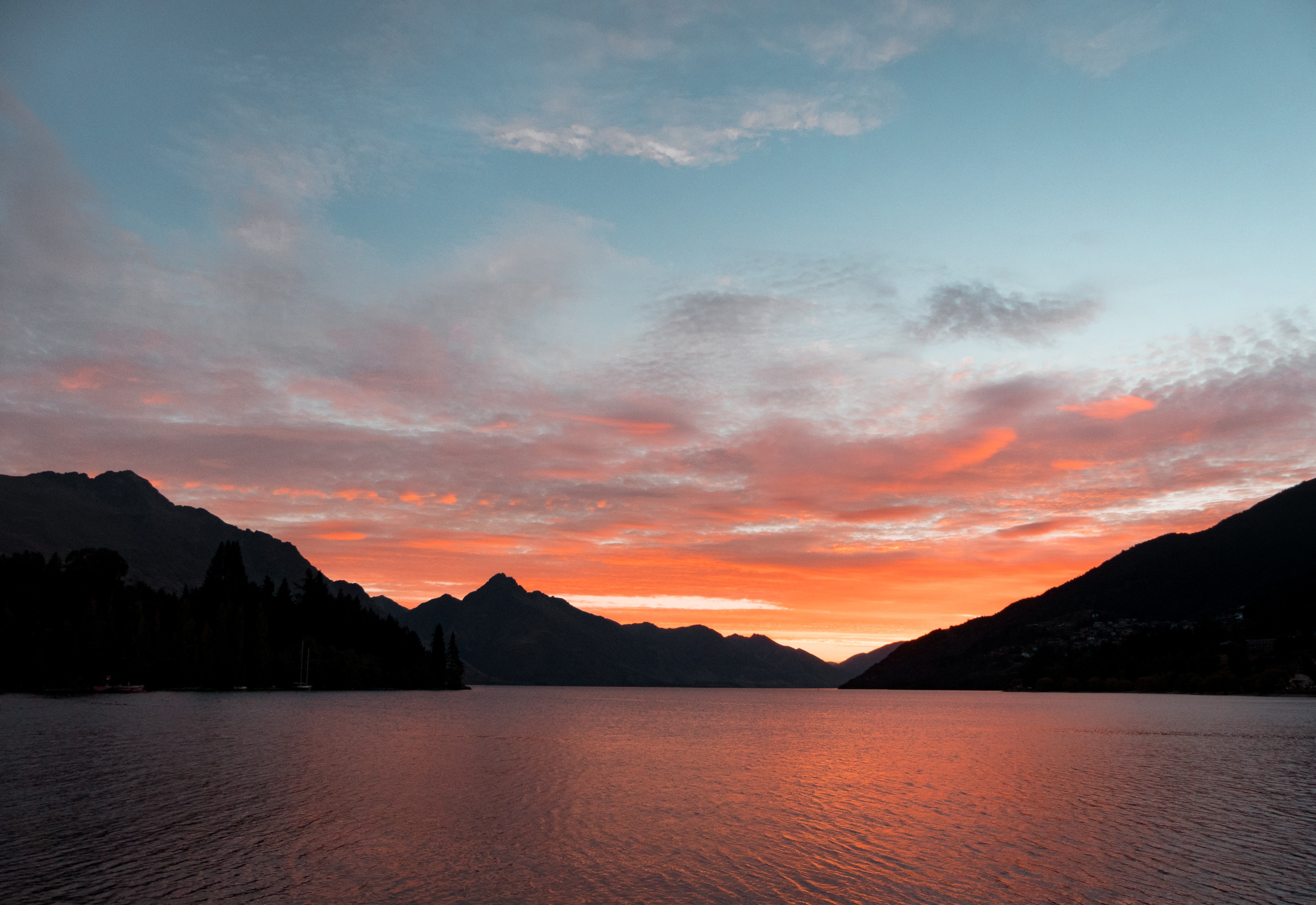 Body of Water Near Silhouette of Mountain Under White Clouds during Sunset, Afterglow, Scenic, Orange, Orange sky, HQ Photo