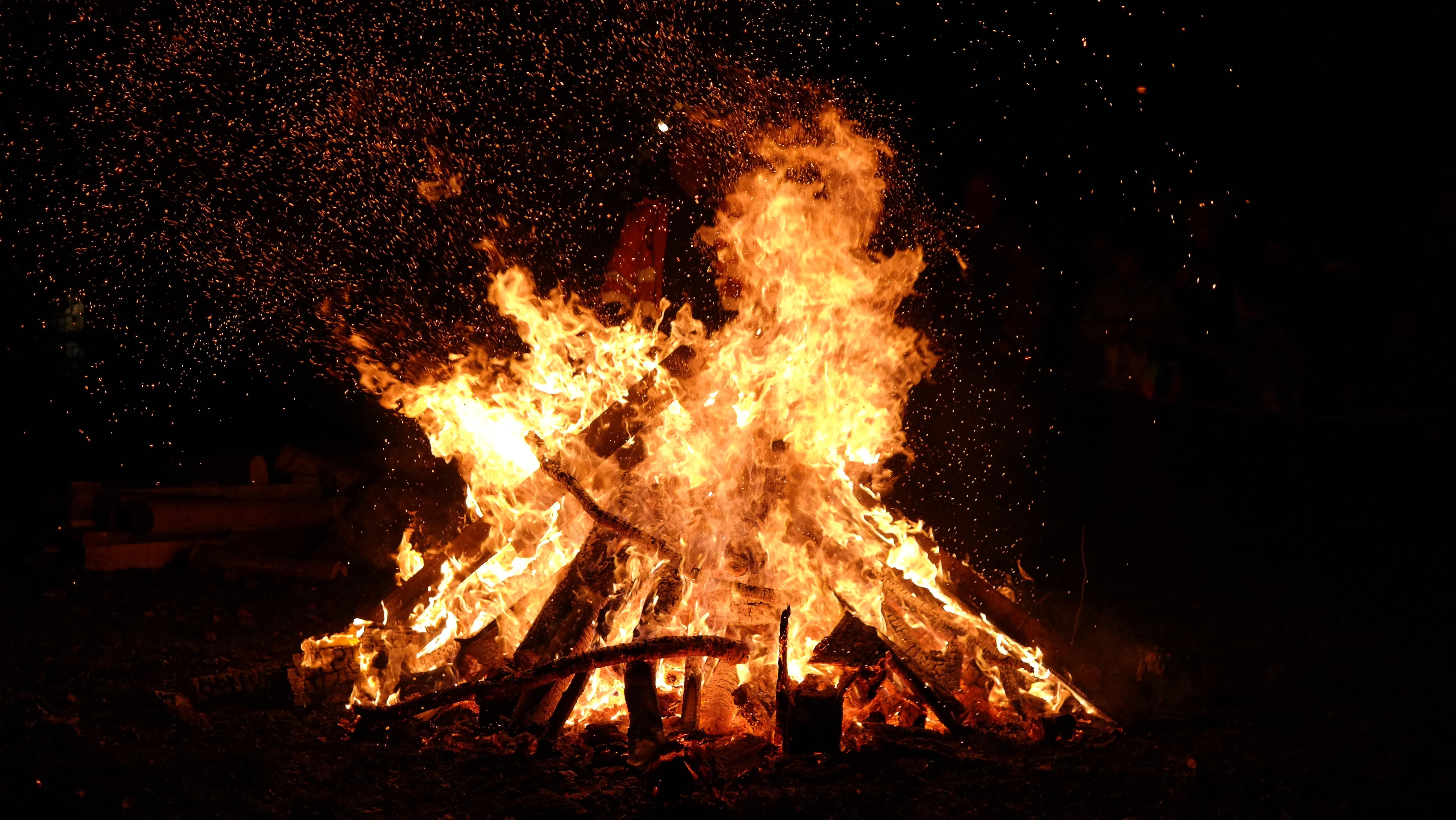 Bonfire Photo, Flame, Firewood, Heat, Night, HQ Photo