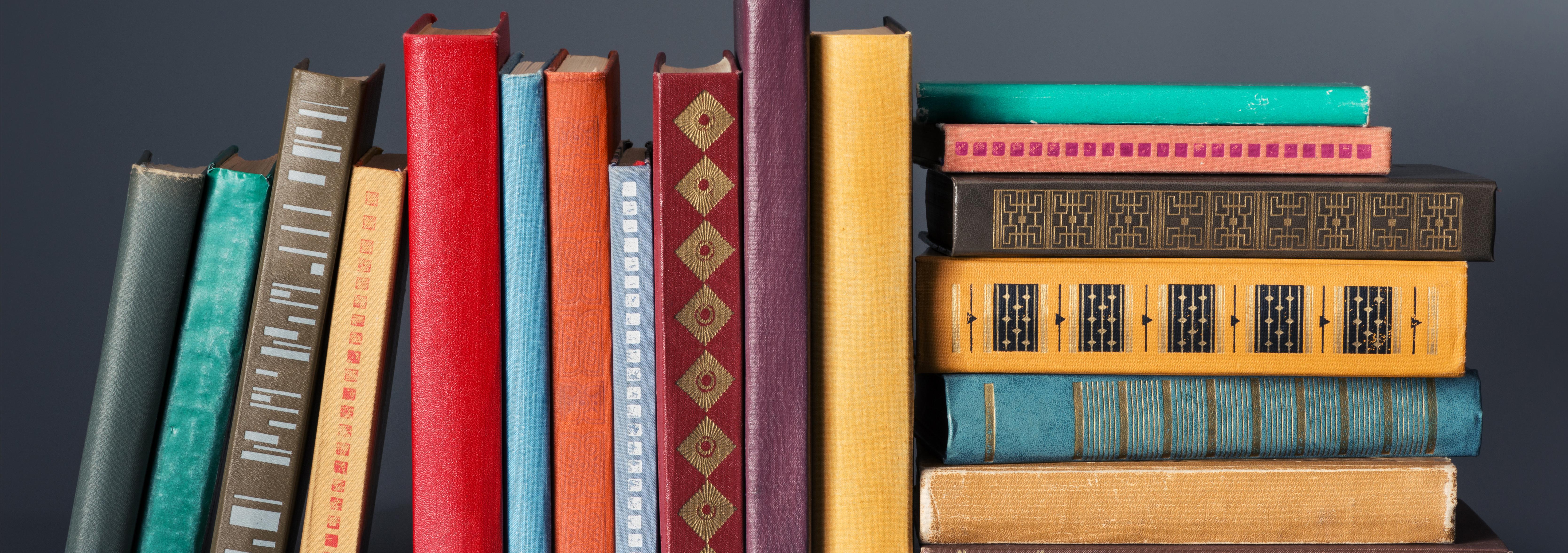Free Photo Bookshelf