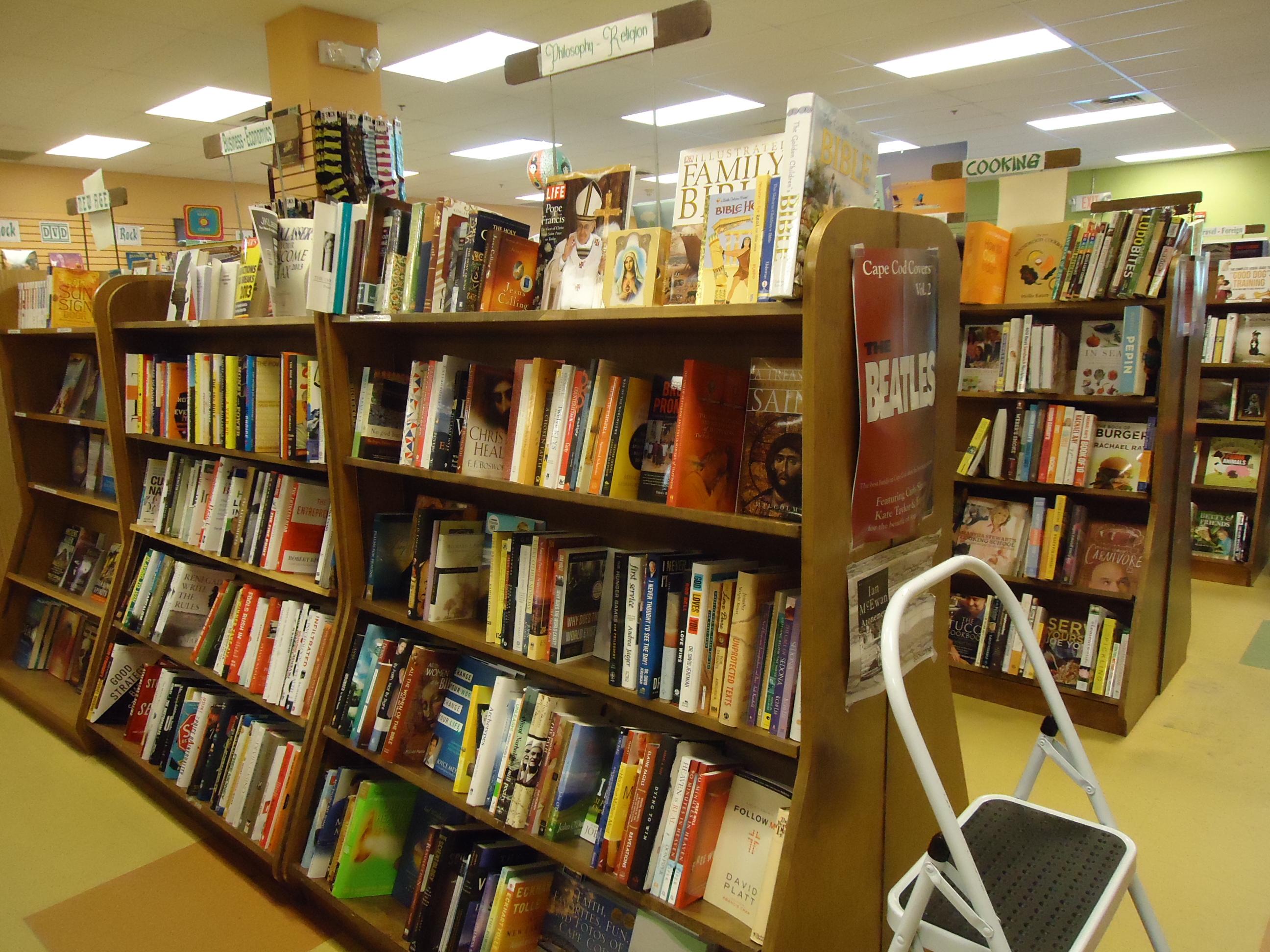 Bookstore shelves, Book, Books, Bookstore, Display, HQ Photo
