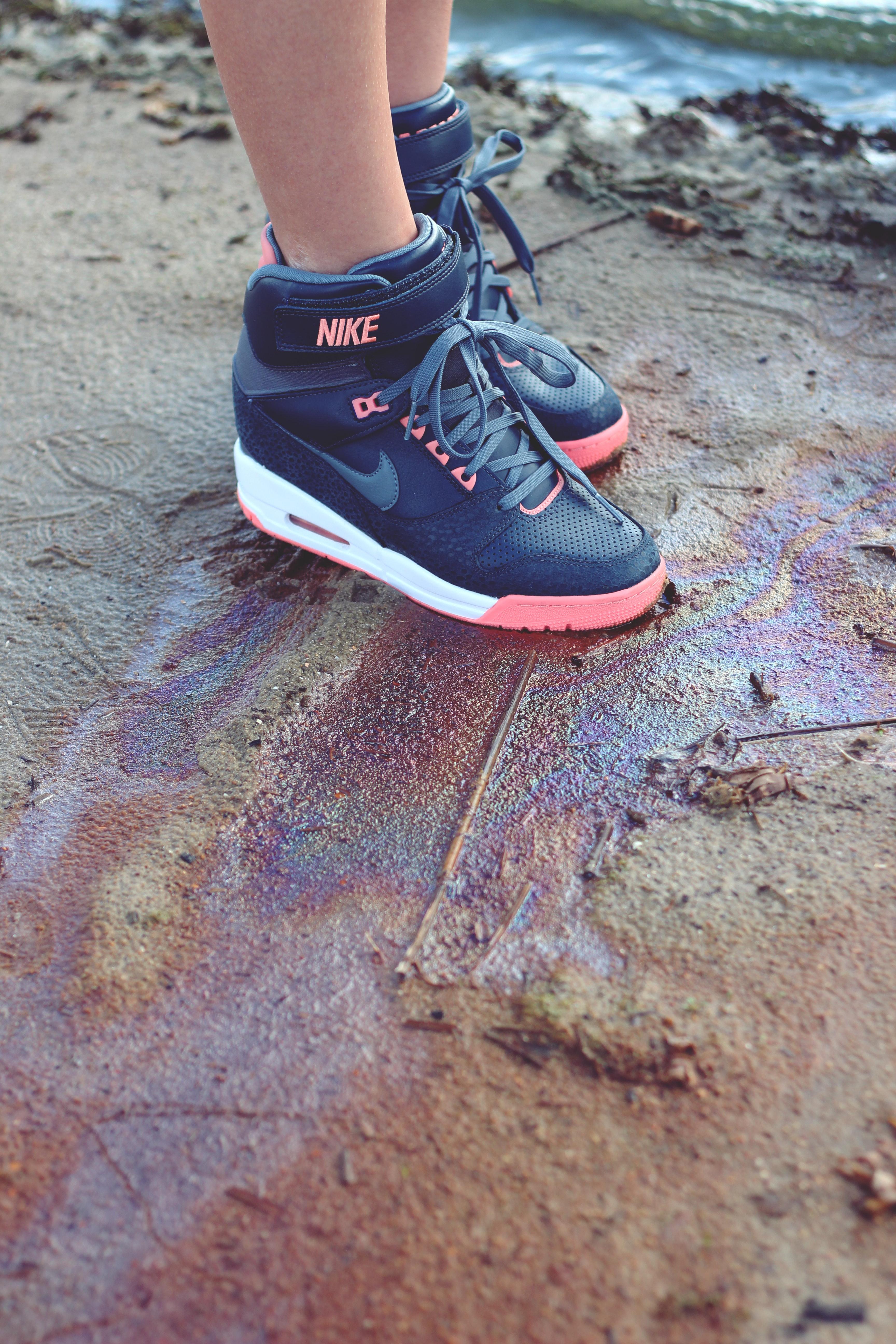 Boots & sand photo