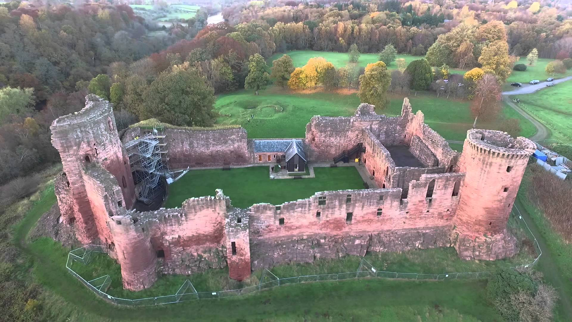 Bothwell Castle - YouTube