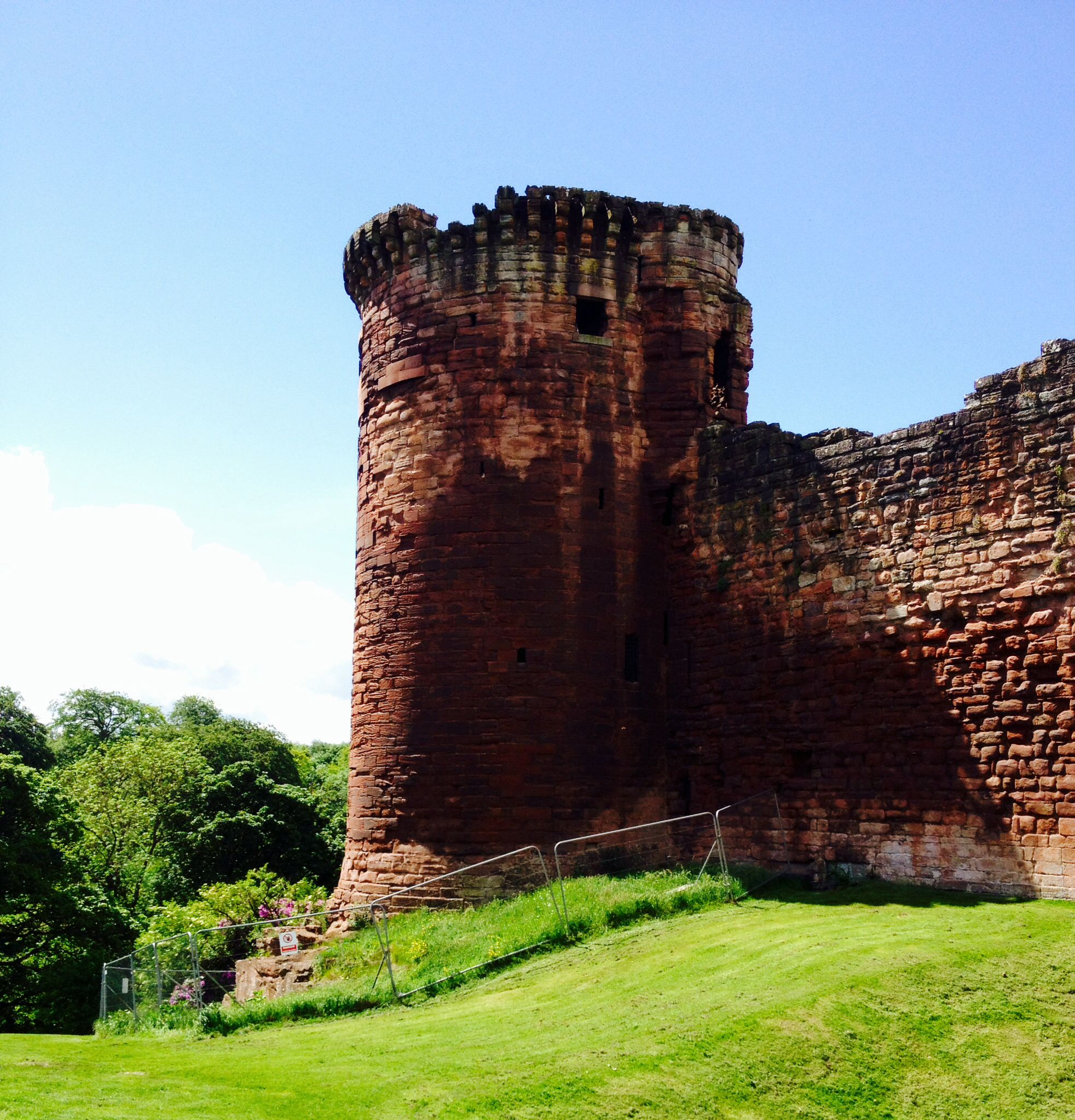 Bothwell Castle, Scotland | Say