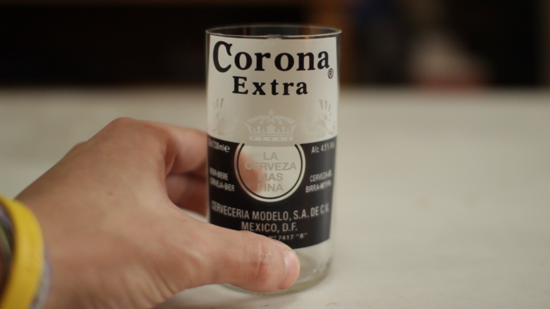 How to make Corona beer bottles into glasses every time! NO FIRE ...