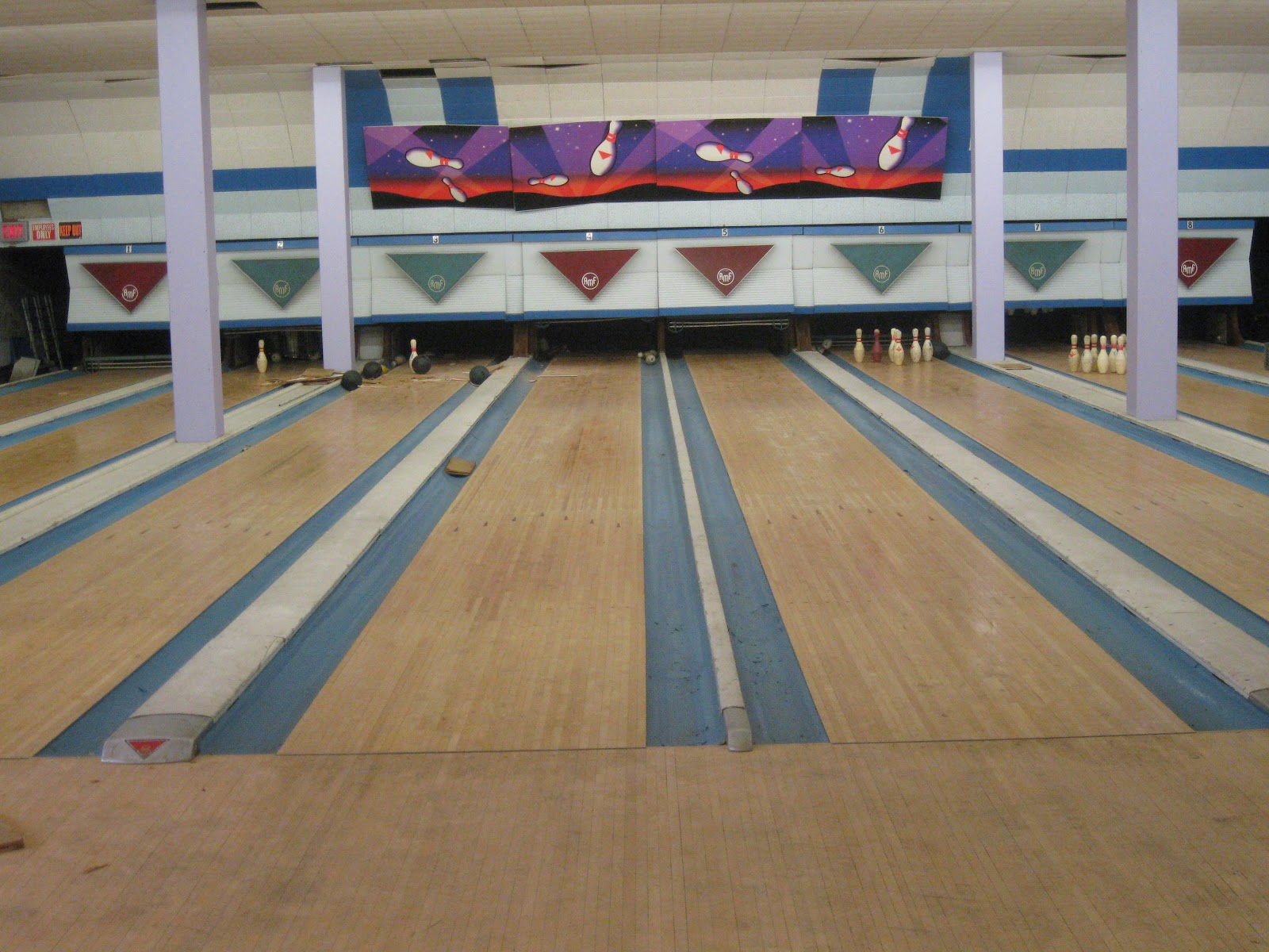 SuperBowl, A New Orleans Bowling Alley, Can't Figure Out Why Its Ad ...