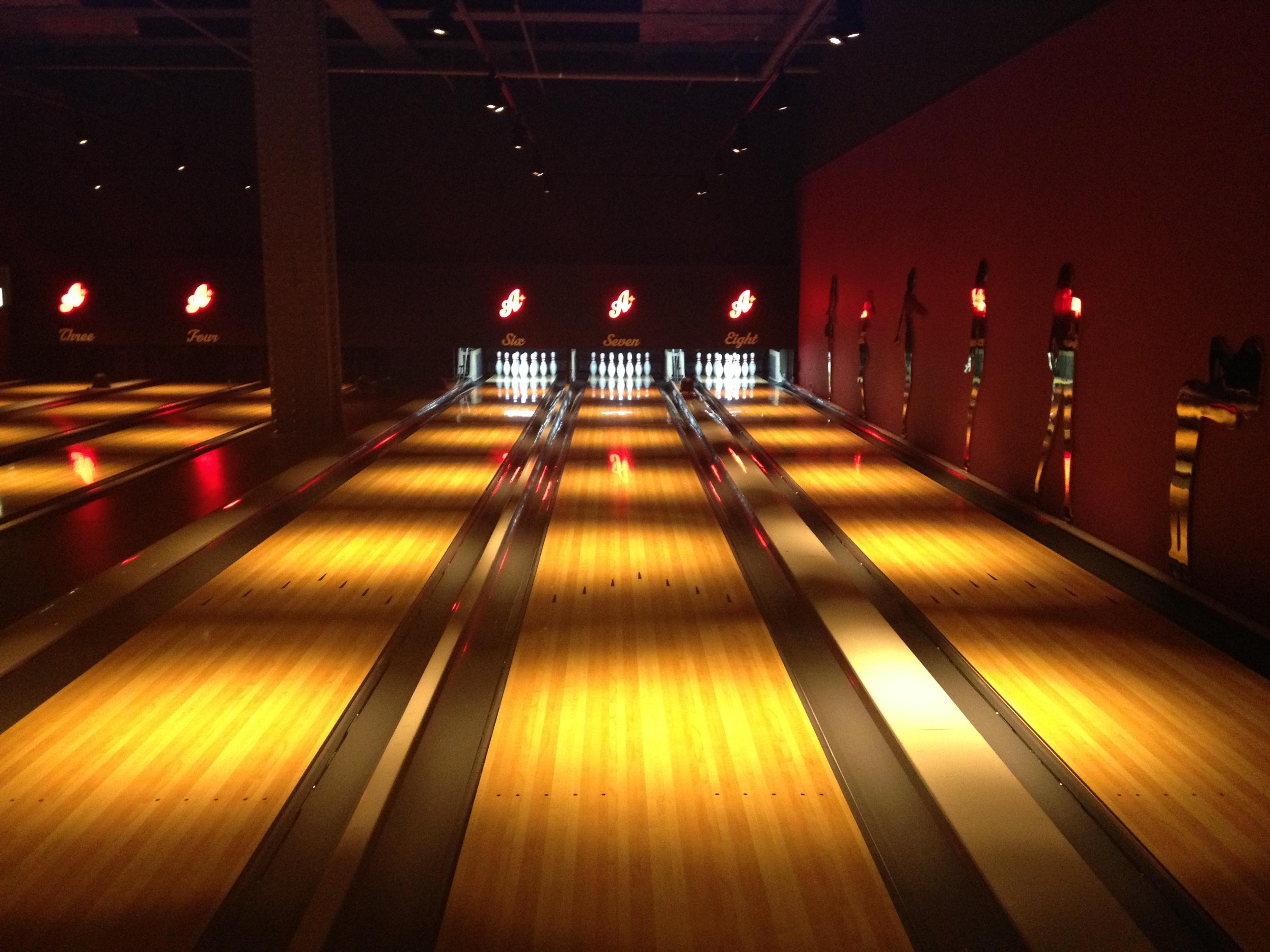 All Star Lanes Bowling Alley | Lickerish Split