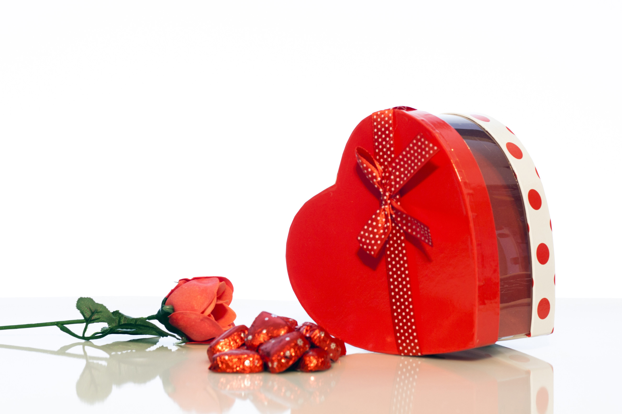 Box candy and rose, Patterned, Present, Red, Paper, HQ Photo