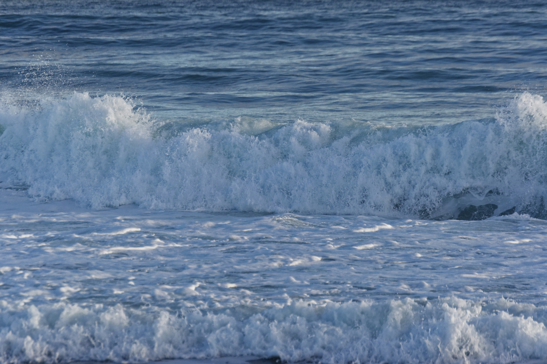 Breaking Waves 2 Free Stock Photo - Public Domain Pictures