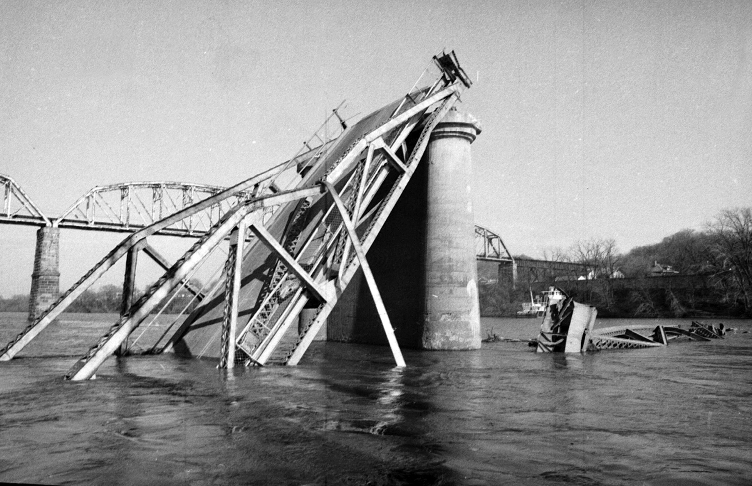 Bridge Collapses: 4 Deadliest in U.S. Over Past 50 Years | Time