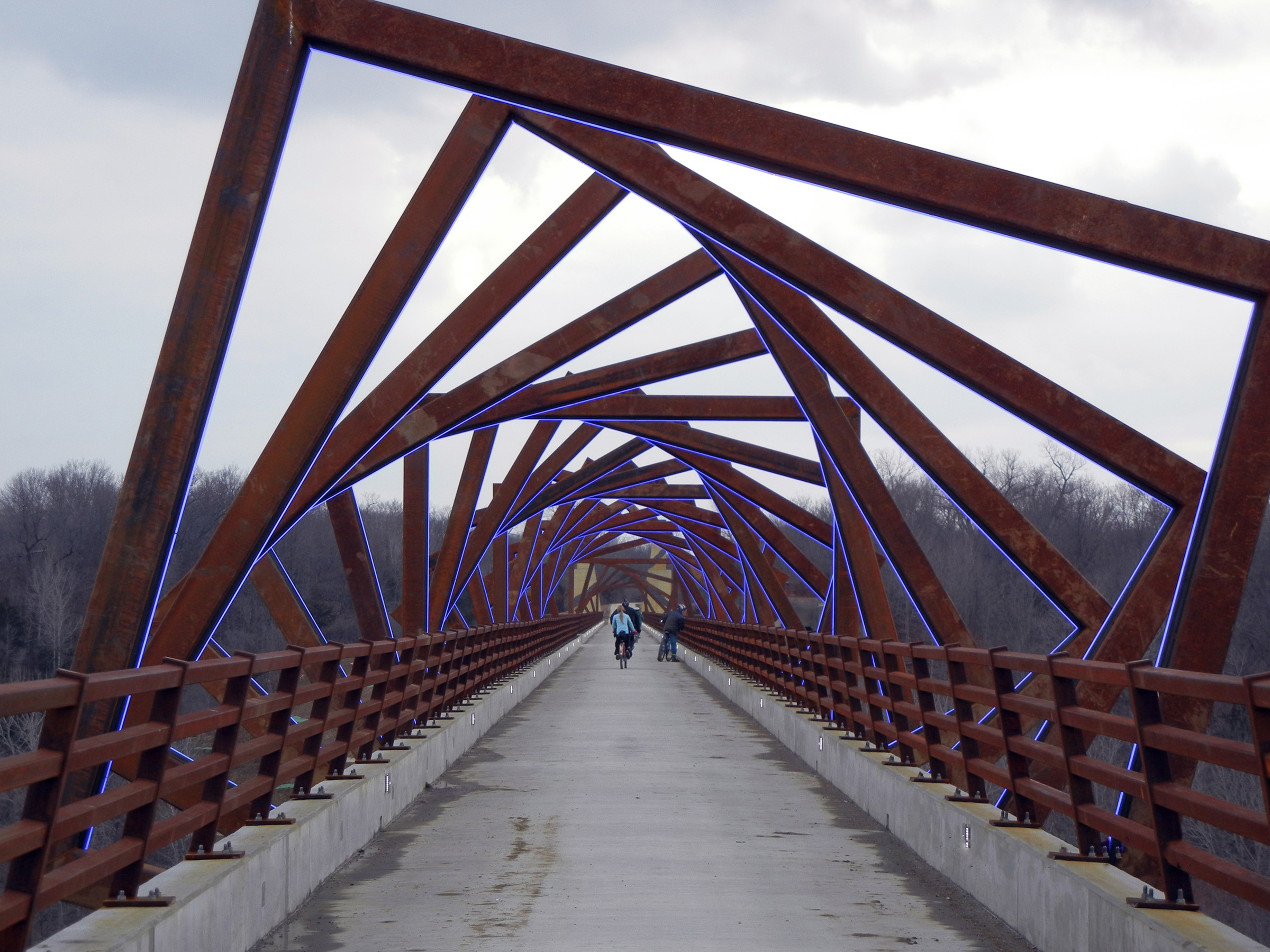 High Trestle Bridge - iLight Technologies