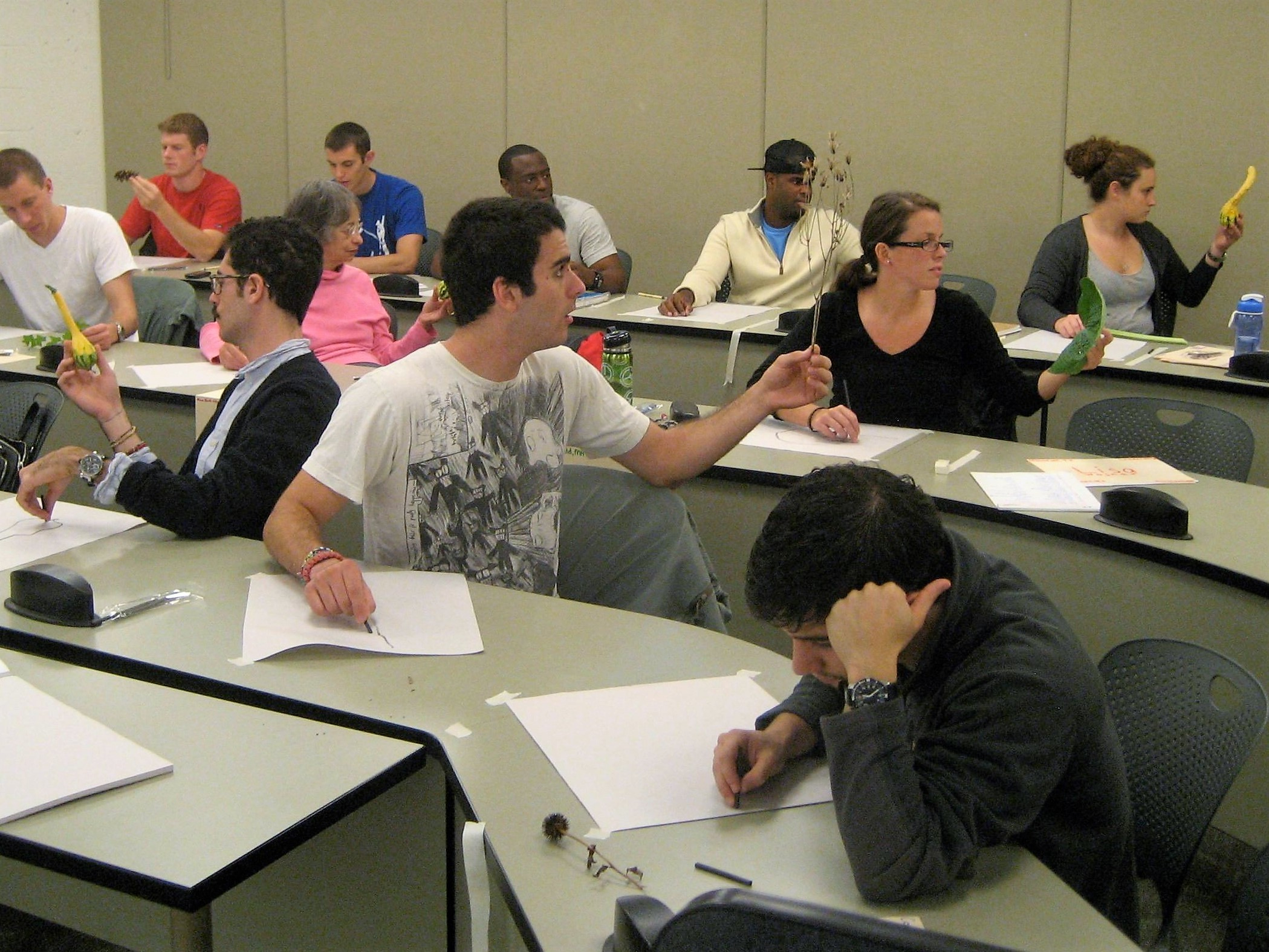 Bridging the boundaries of science and art for business students ...