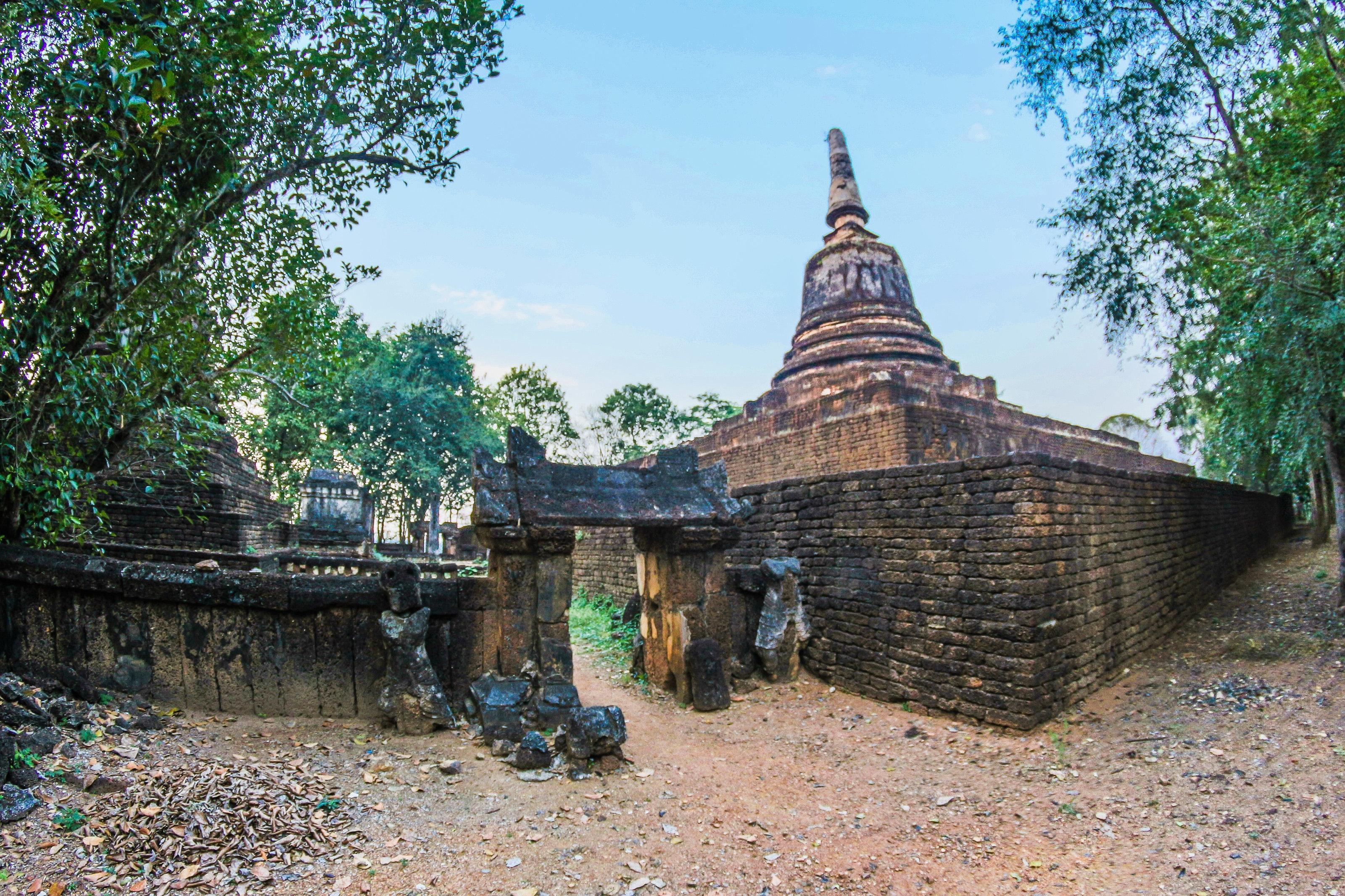 Brown Concrete Temple Under Blue Sky, Ancient, Thailand, Sculpture, Spirituality, HQ Photo