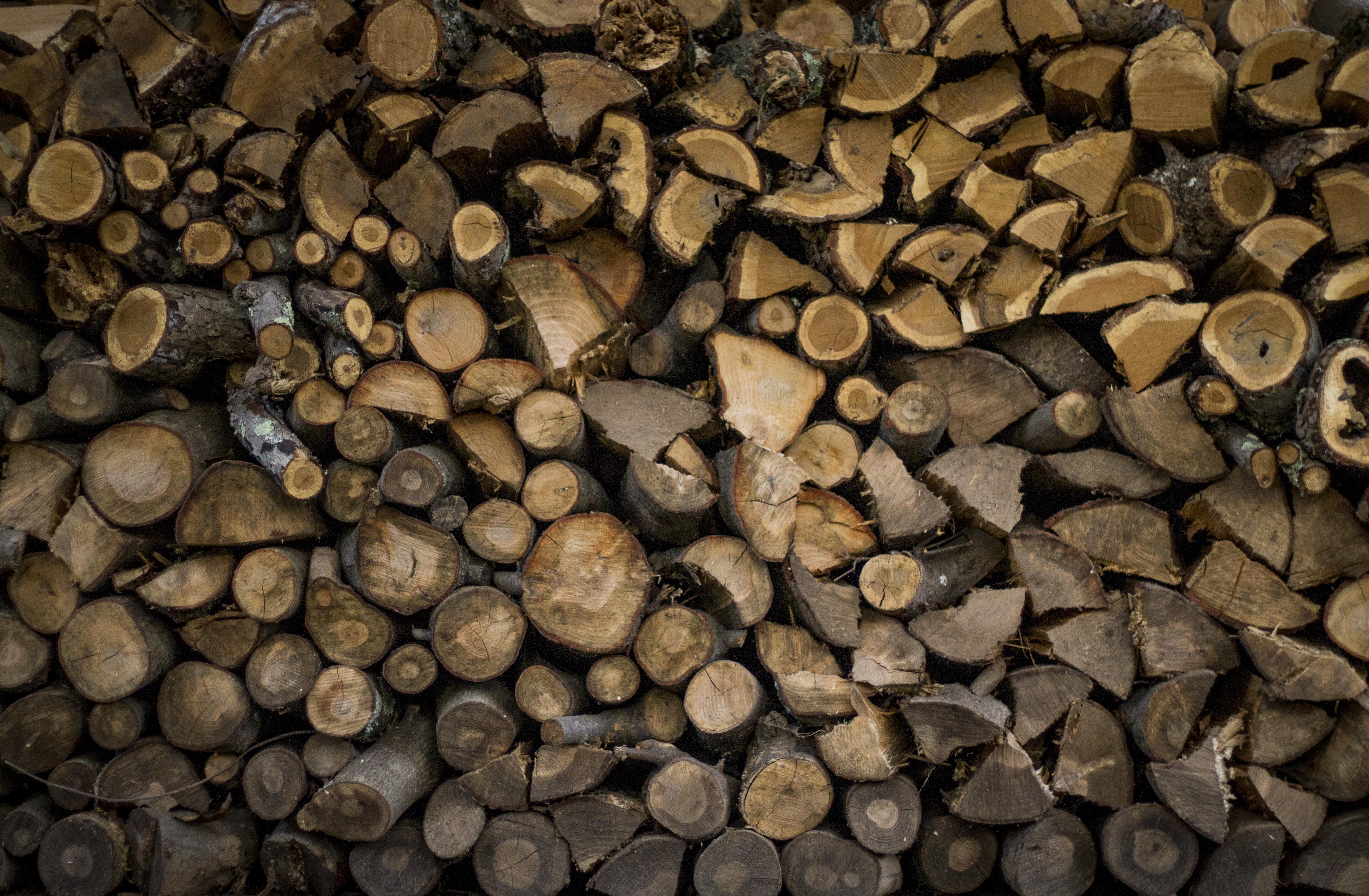 File:Dark brown firewood texture (Unsplash kFxWDfj0pD8).jpg ...