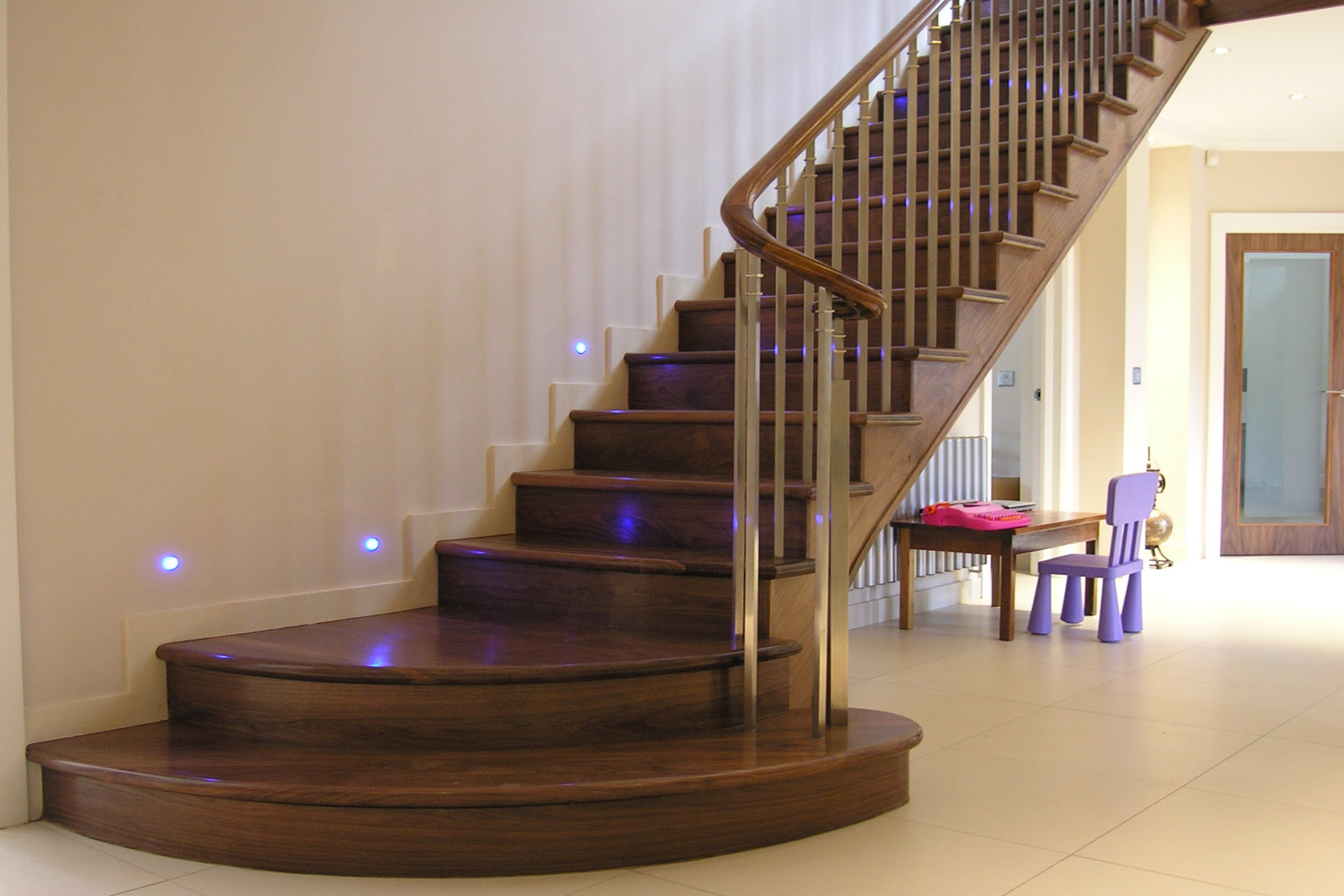 Traditional Staircases Built In Wood Marble Concrete Or Cast Iron ...