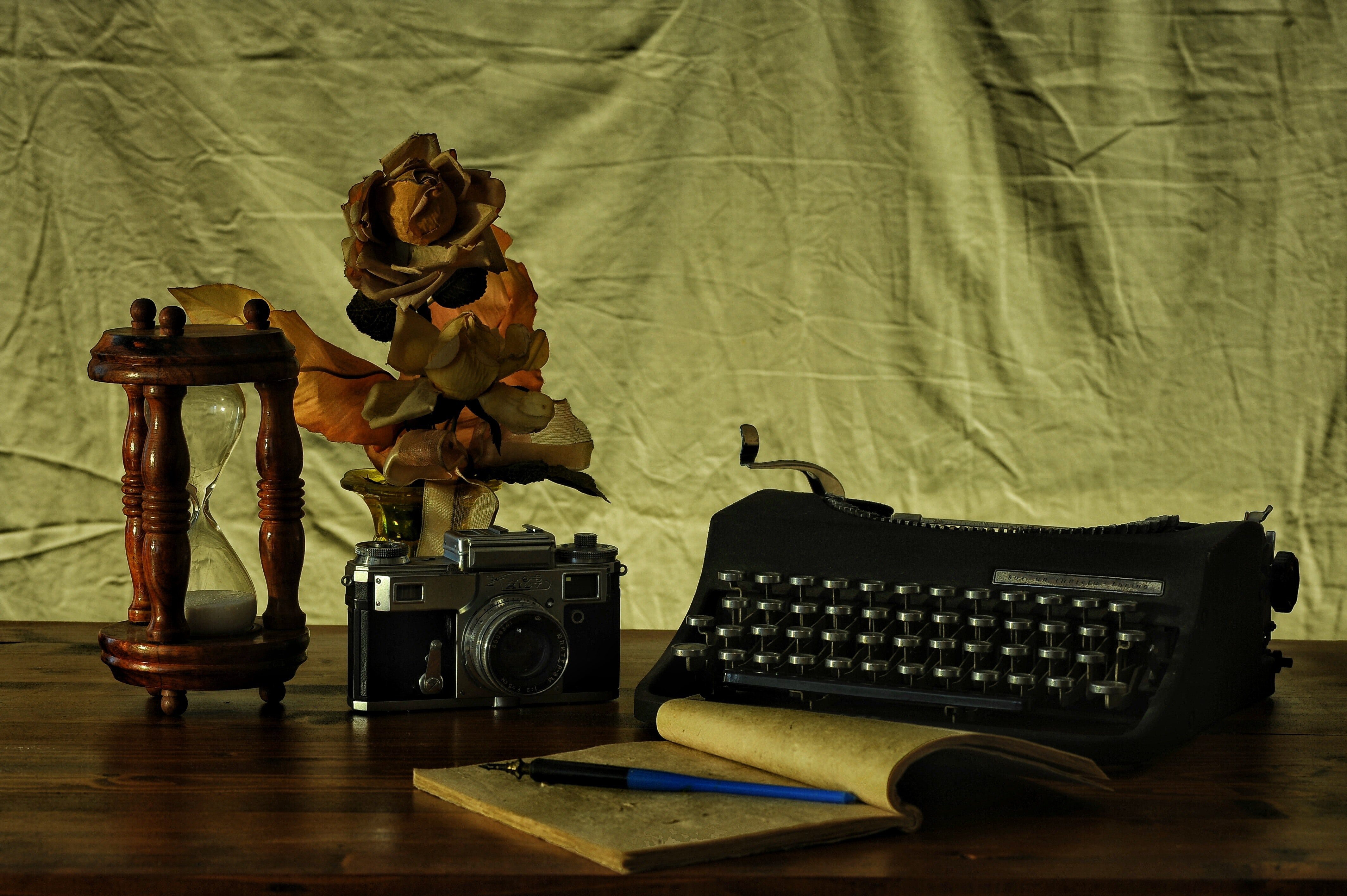 Brown Notebook in Between of a Type Writer and Gray and Black Camera, Adult, Room, Wood, Vintage, HQ Photo