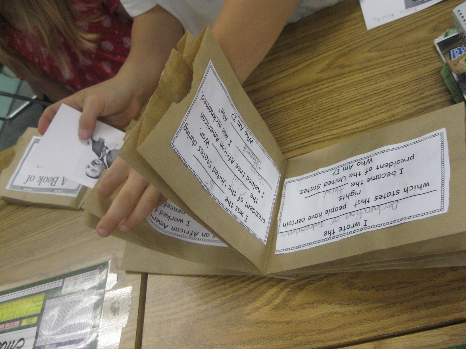 Paper Bag Book Report | Holiday Ideas | Pinterest | Paper bag books ...