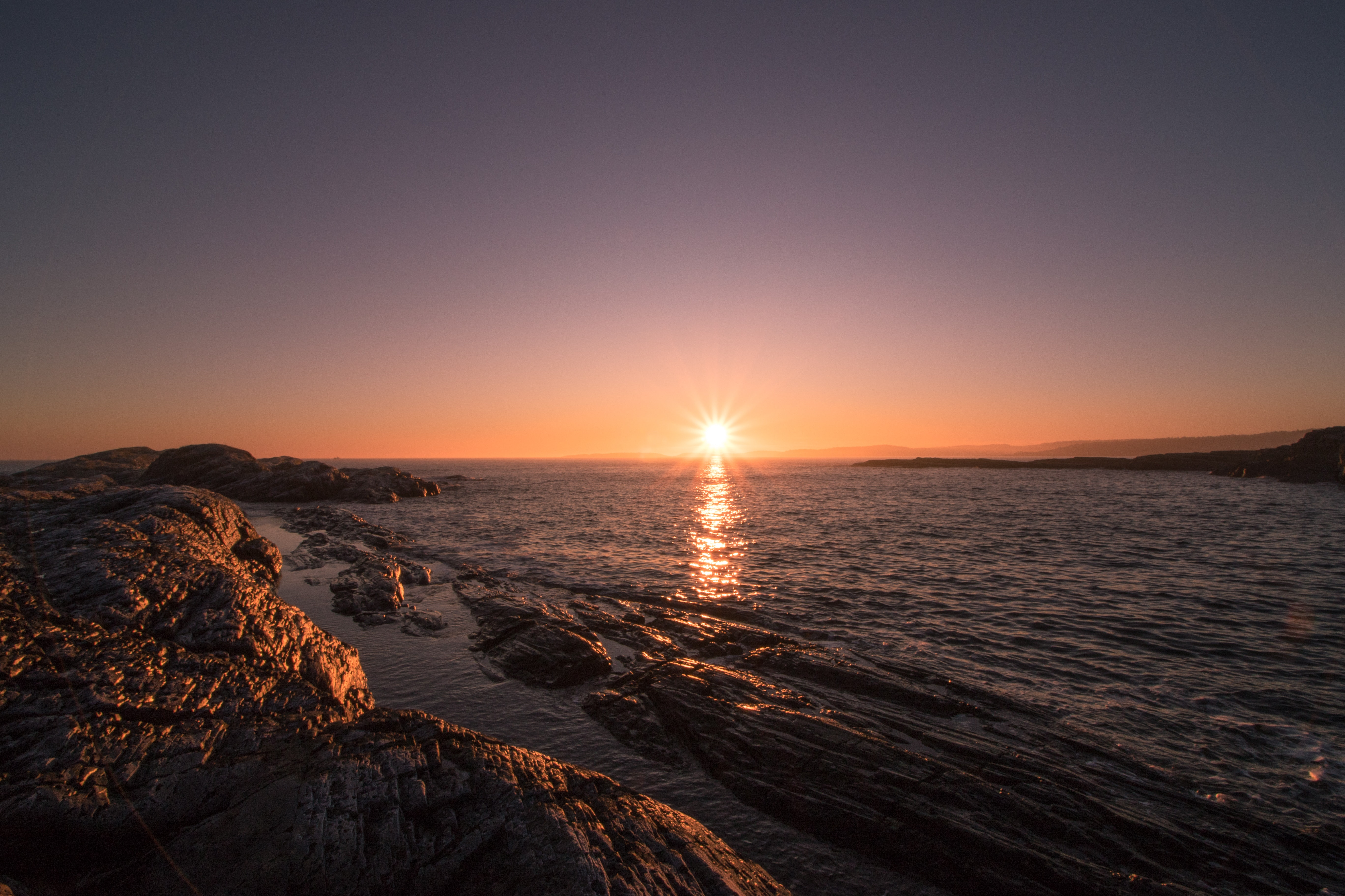 Brown Rocks Beside Body of Water during Sunset, Beach, Scenic, Sea, Seascape, HQ Photo