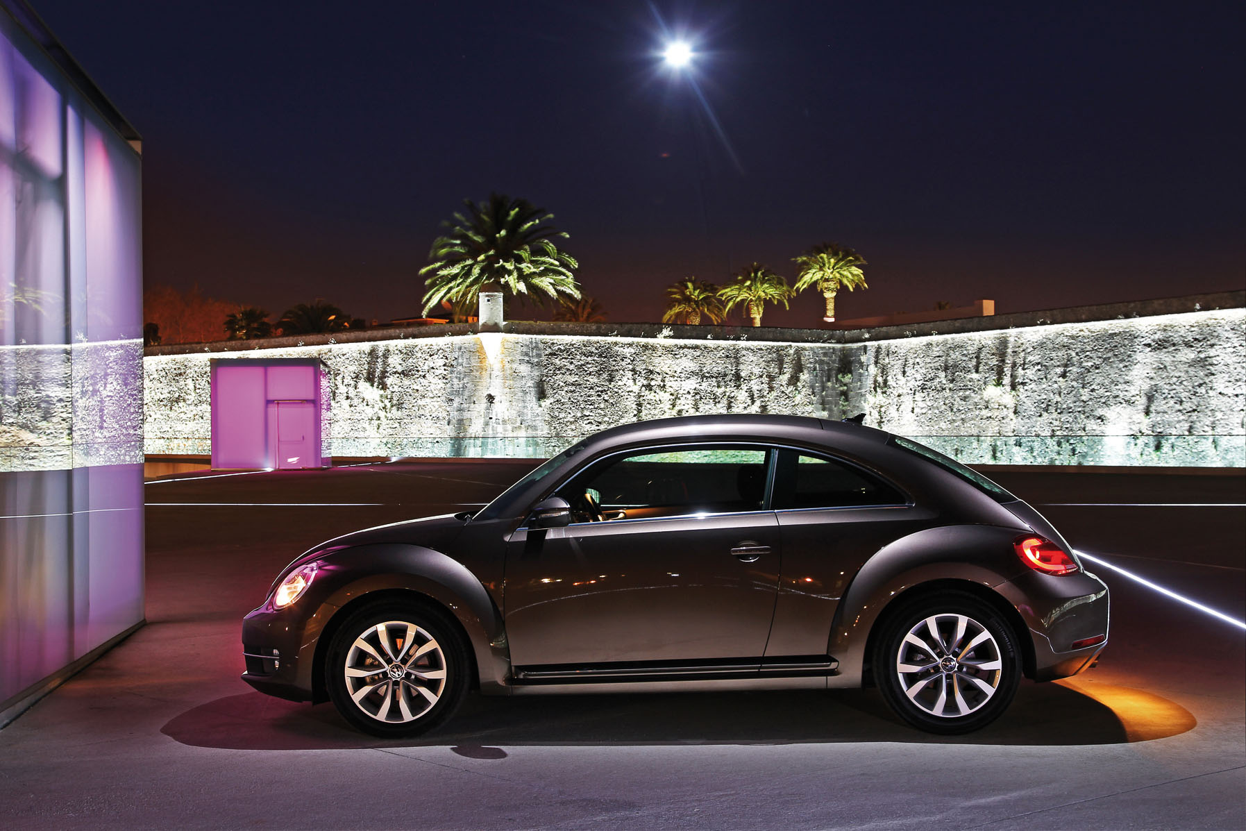 2012 Toffee Brown Volkswagen Beetle Side View - | EuroCar News