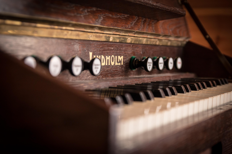 Free Photo Brown Wooden Piano Antique Blur Blurry Free Download Jooinn