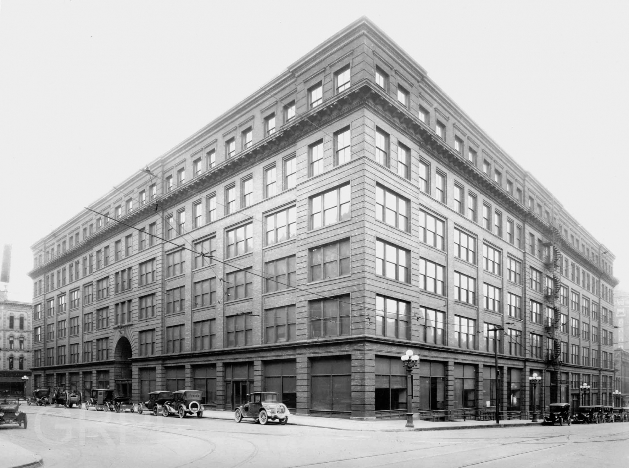The Waters Building | History Grand Rapids
