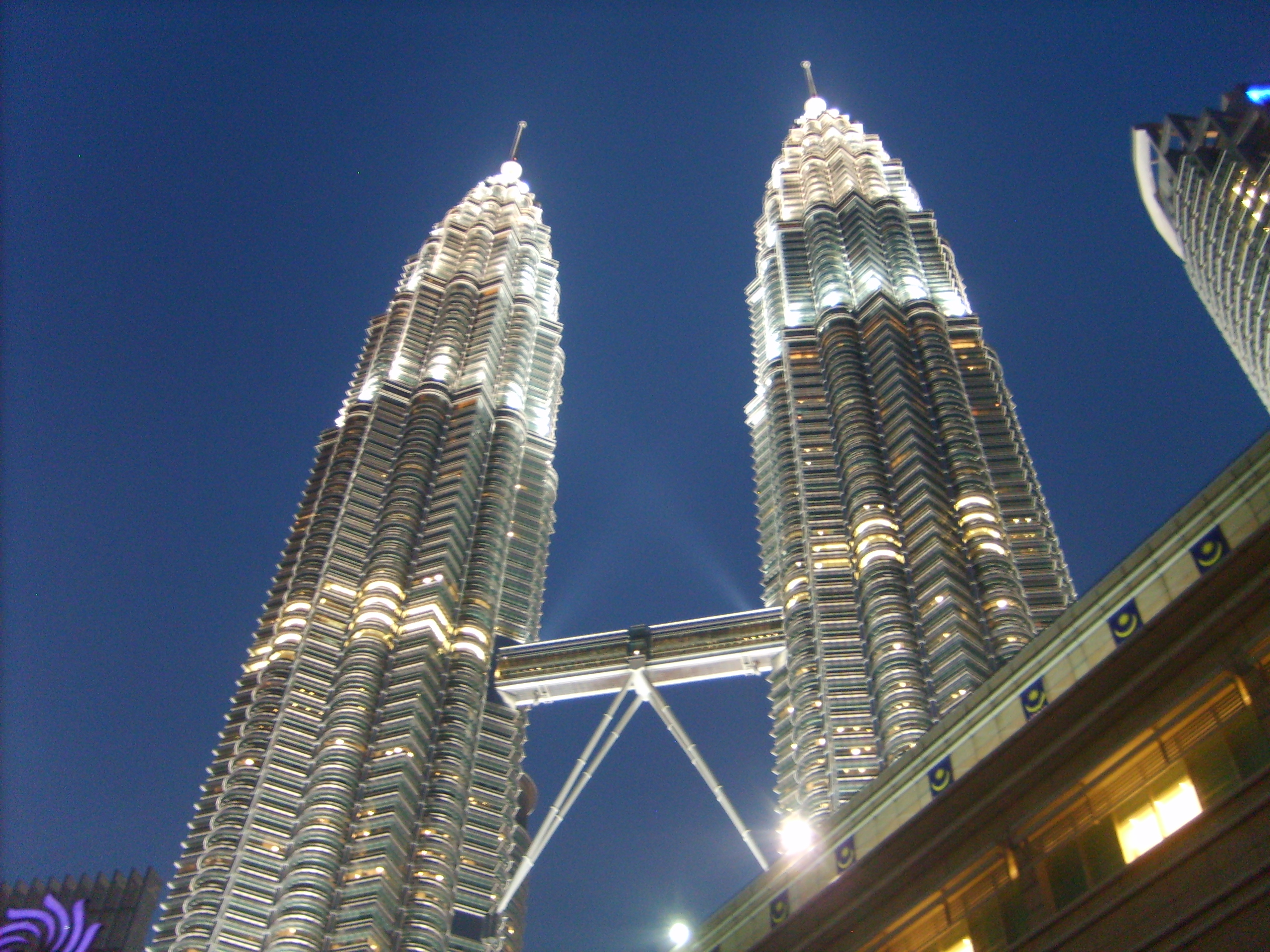 Malaysia and Tall Buildings | Richard Foote's Oracle Blog