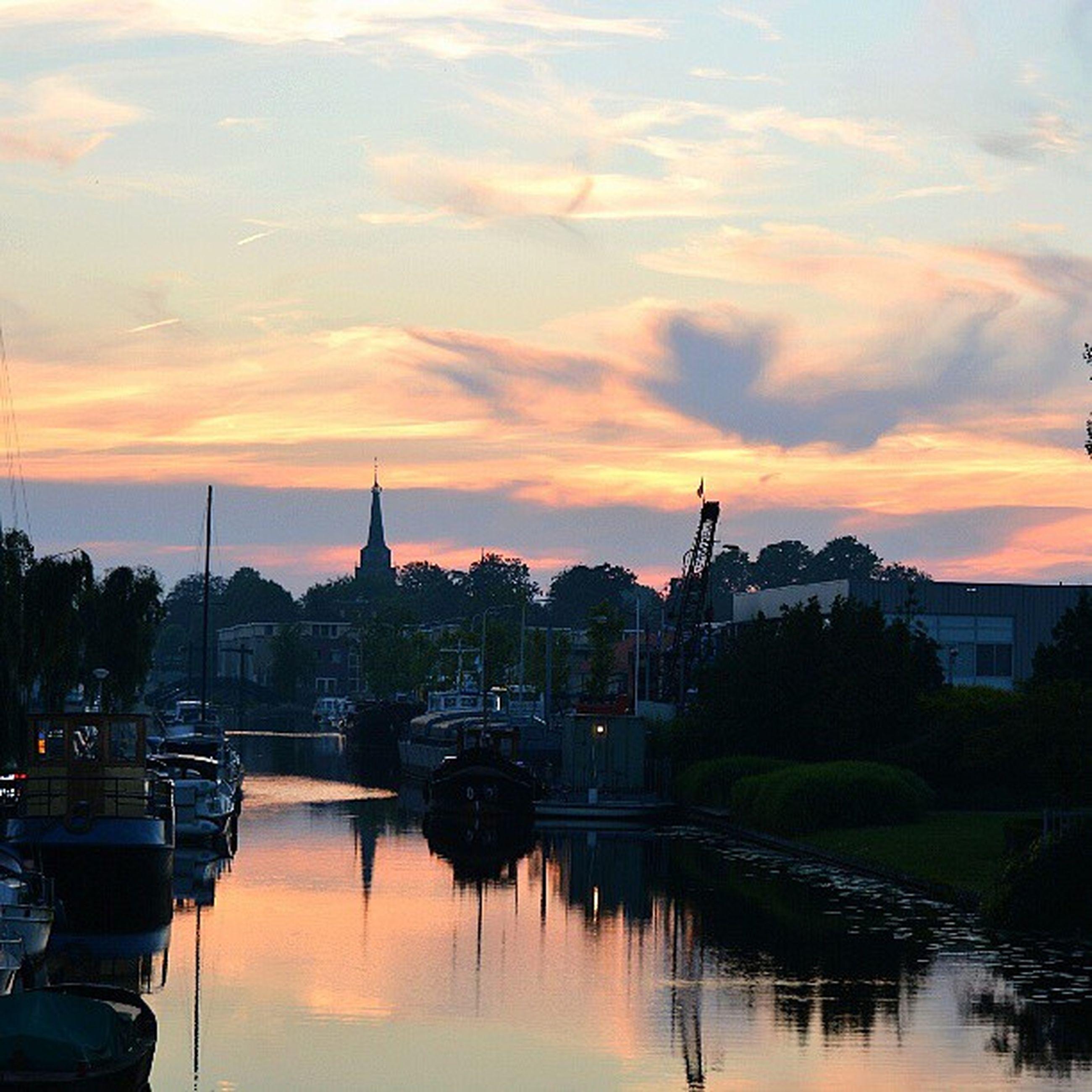 Beautiful Clouds Nature Water Haven Sunset Sun Hot | EyeEm