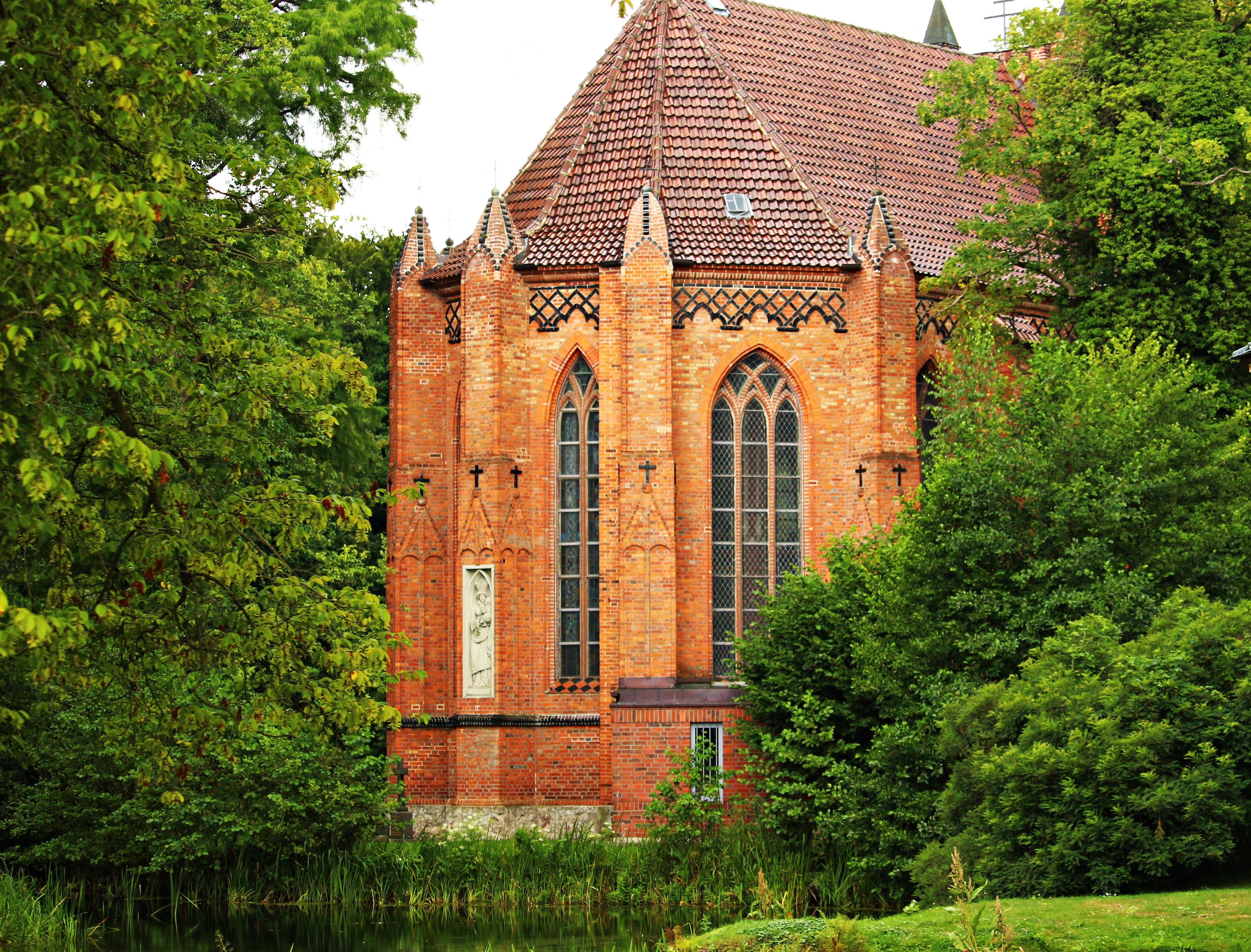 Built Structure With Trees in Foreground, Architecture, Bricks, Building, Church, HQ Photo