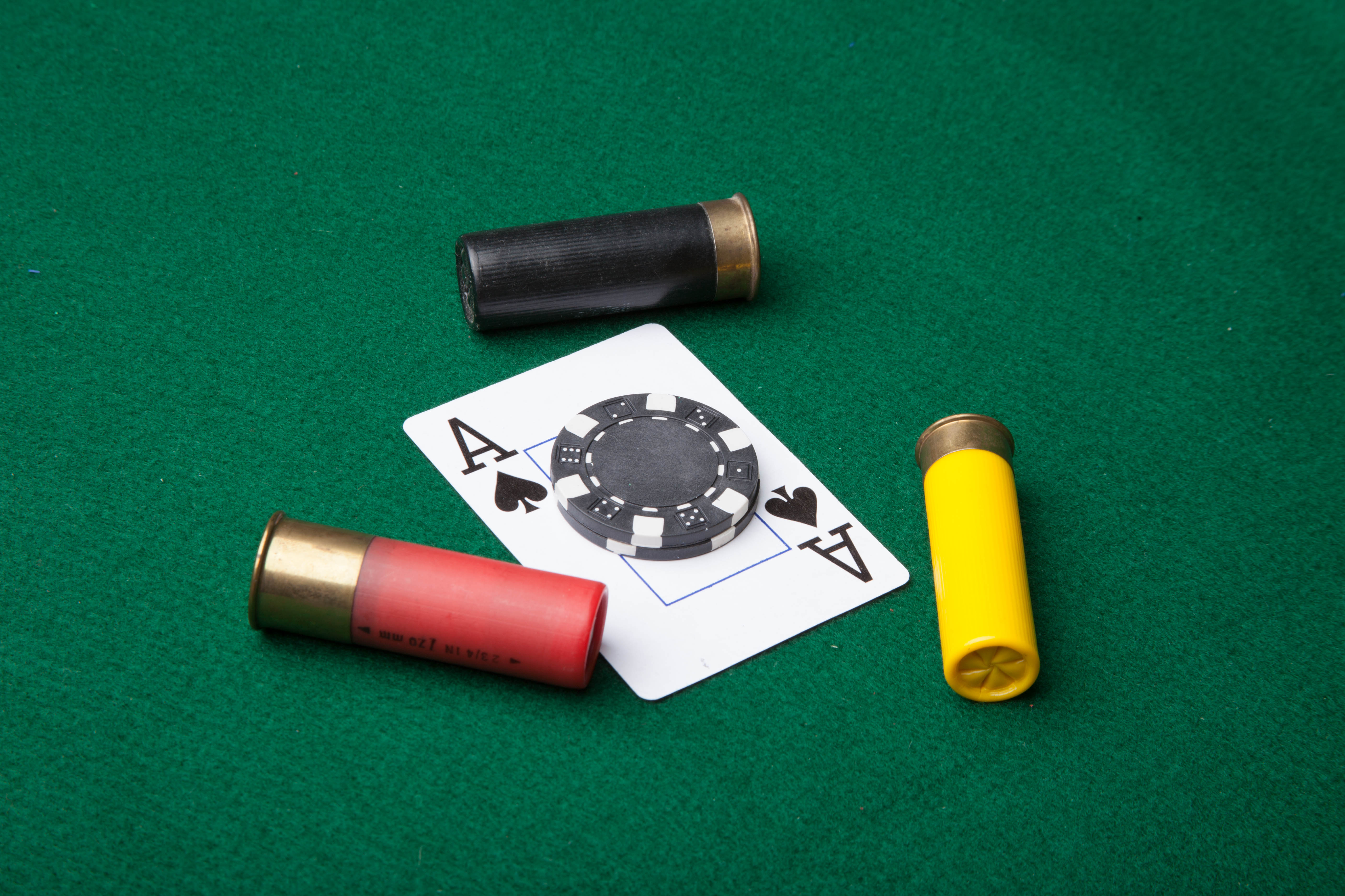 Bullets and ace of spades, Shells, Risk, Reward, Shotgun, HQ Photo