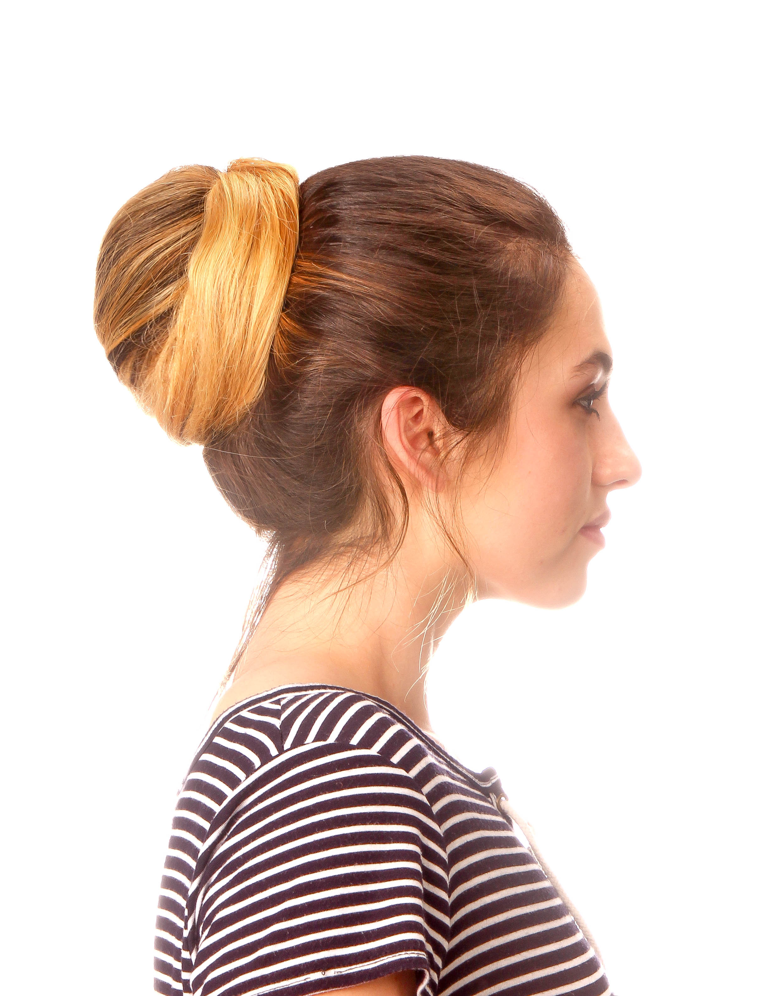 The Messy Bun Maker Poof! - Size Medium - Brown - The Hair Thing